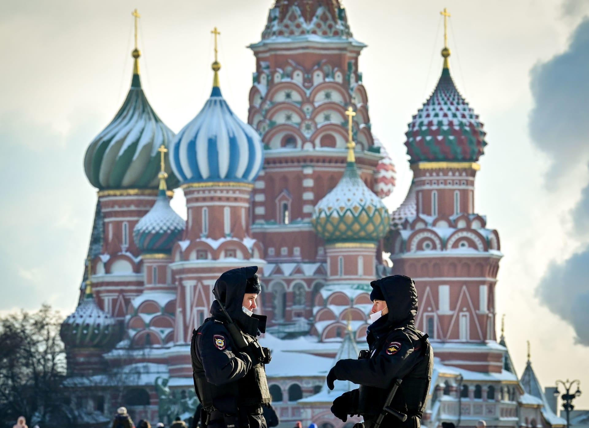 بالأسماء.. روسيا تعلن كبار مسؤولي أمريكا غير المسموح لهم بدخولها بعد عقوبات واشنطن