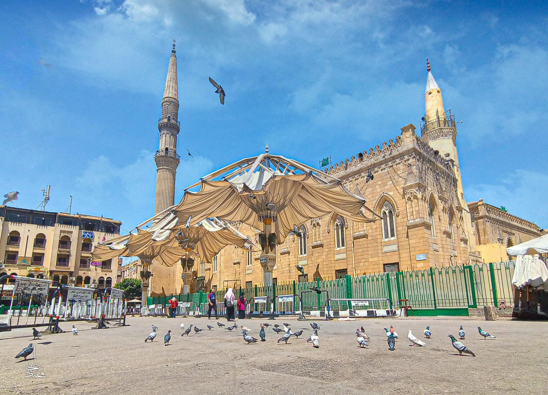 مسجد الحسين في القاهرة