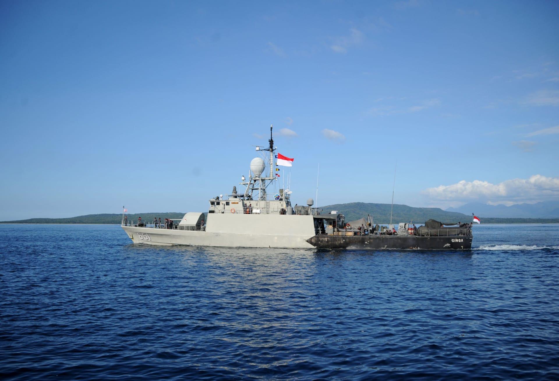 تفاصيل جديدة بشأن حطام الغواصة الإندونيسية.. ماذا كشفت البحرية؟