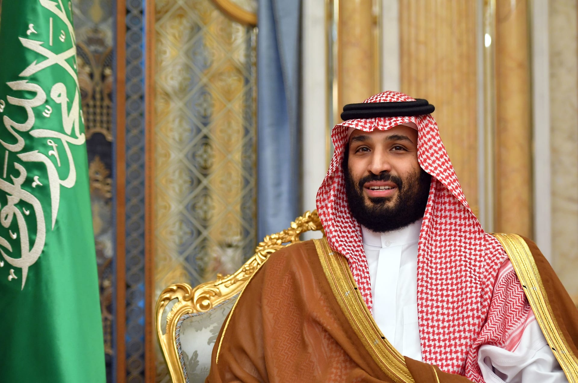 """محمد بن سلمان: """"ضريبة الدخل لن تفرض في السعودية نهائياً"""""""