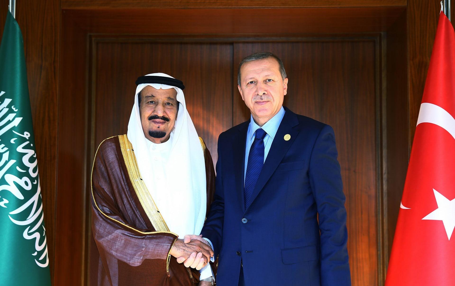 أردوغان يجري اتصالا هاتفيا بالملك سلمان.. فمماذا ناقشا فيه؟