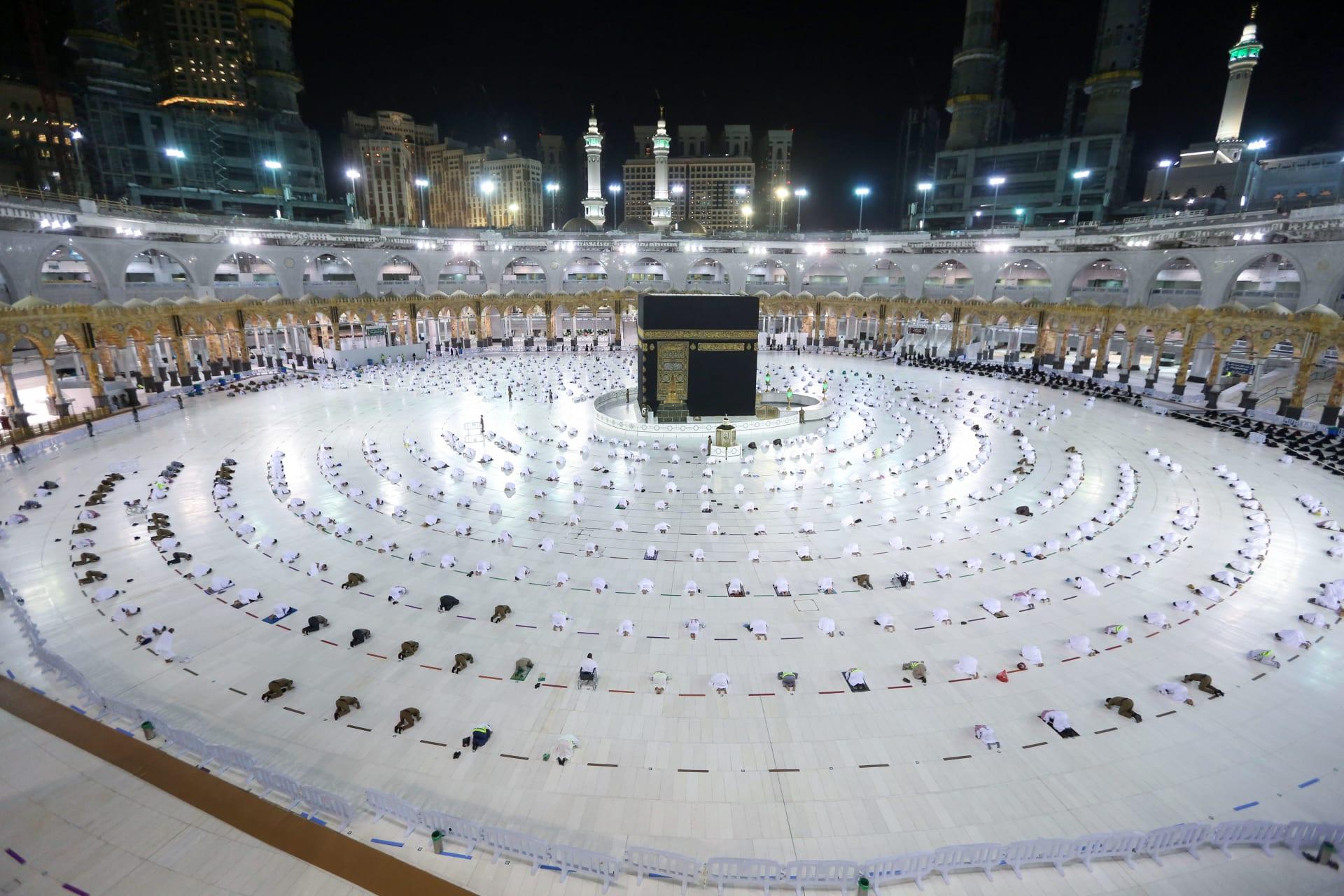 """السعودية تعلن عزمها إقامة شعيرة الحج بـ""""ما يكفل سلامة الحجاج"""""""