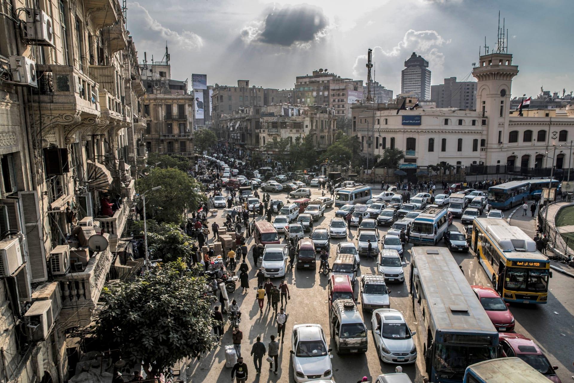 بين هيكل الرواتب والمزايا.. هذا ما تقدمه الشركات في مصر لموظفيها