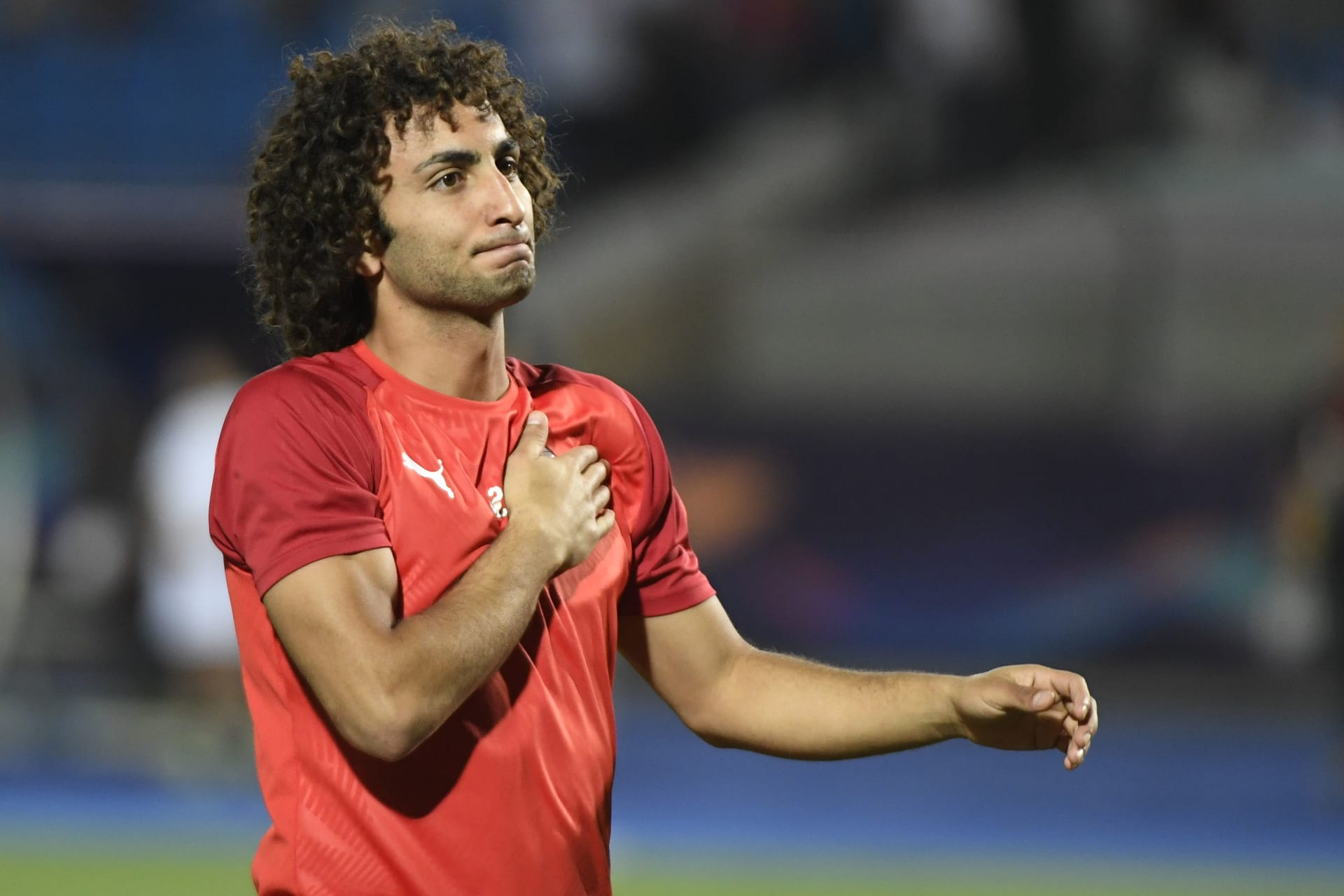 عمرو وردة يتعاطف مع الفلسطينيين أثناء رفع كأس اليونان مع باوك