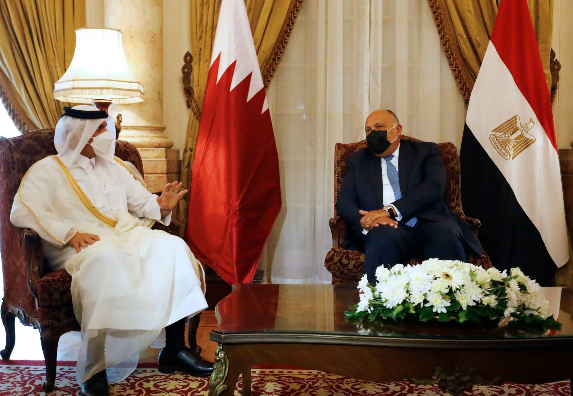 """وزيرا خارجية مصر وقطر يبحثان سبل تعزيز """"الأجواء الإيجابية"""""""