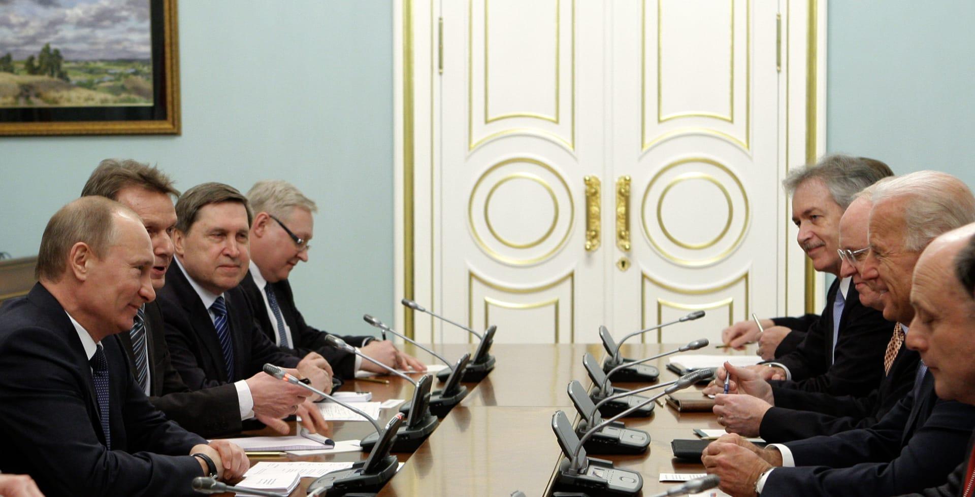 البيت الأبيض والكرملين يكشفان مكان وزمان لقاء جو بايدن بفلاديمير بوتين