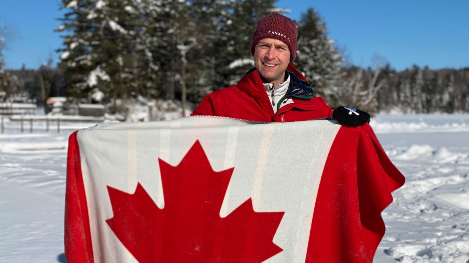 النائب الكندي وليام أموس
