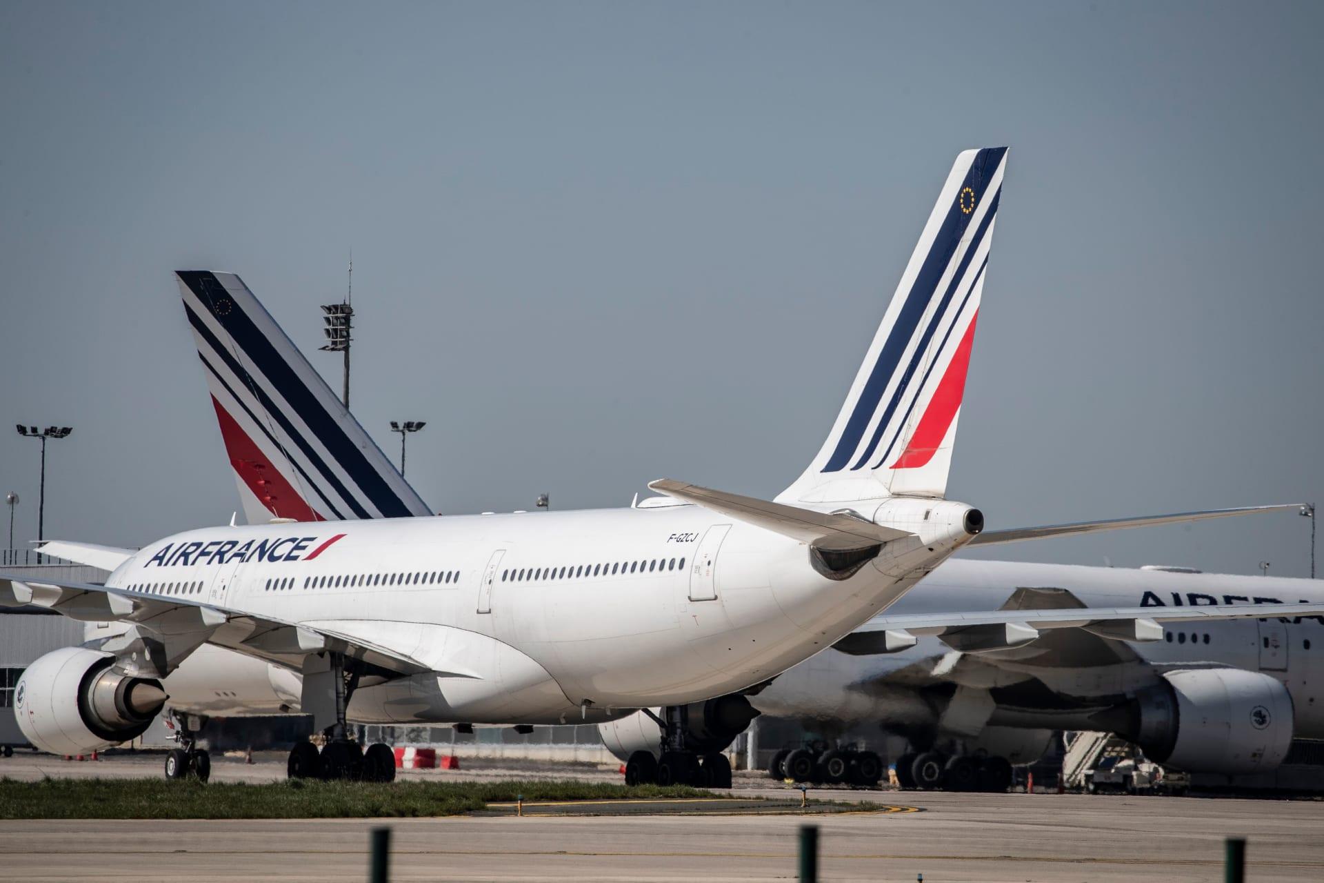 إخلاء طائرة ركاب فرنسية بعد الاشتباه في عبوة ناسفة