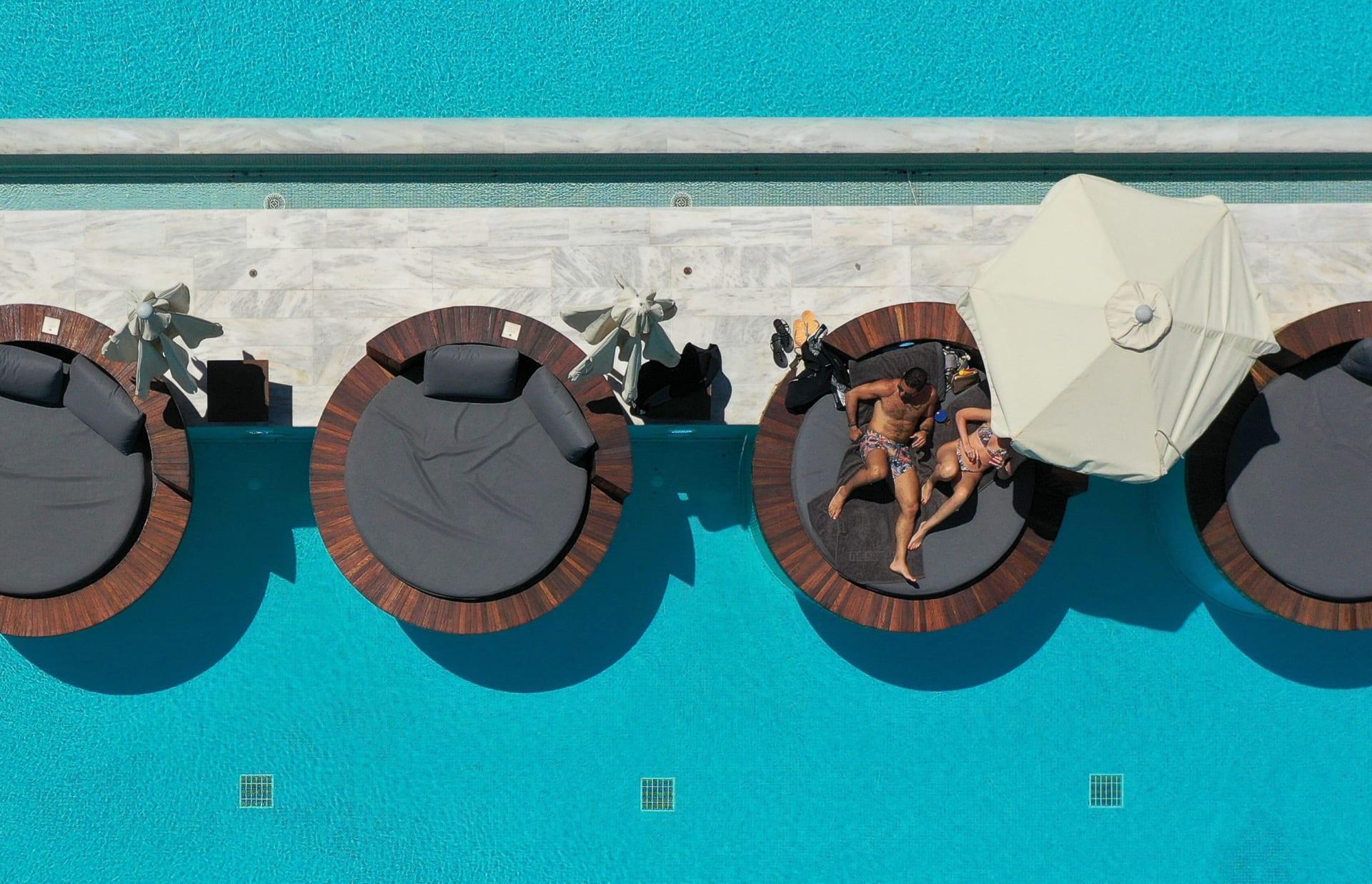 كيف تستعد الوجهات حول العالم لاستقبال السياح هذا الصيف؟