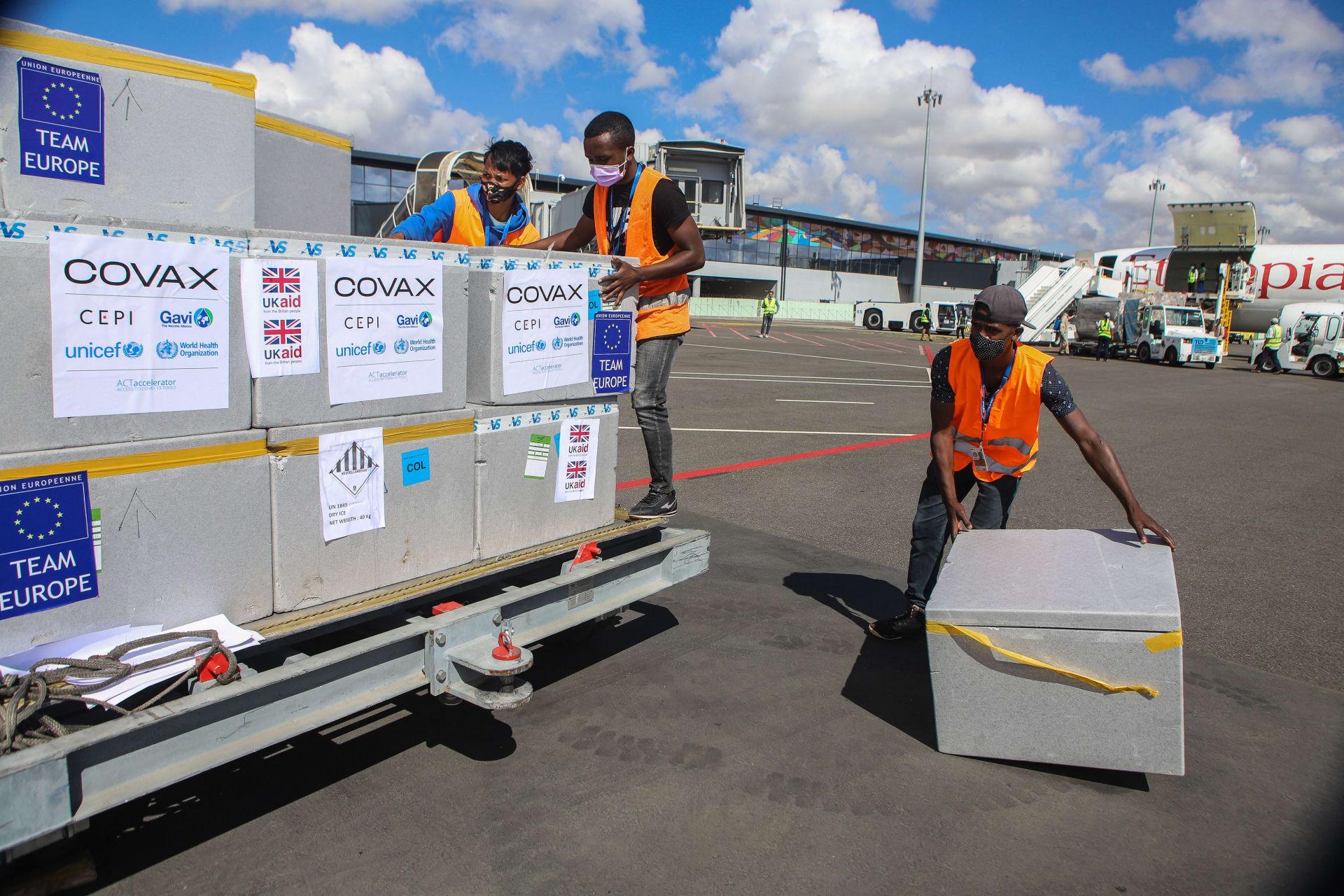 شحنات من لقاح كورونا تصل مدغشقر ضمن مبادرة كوفاكس