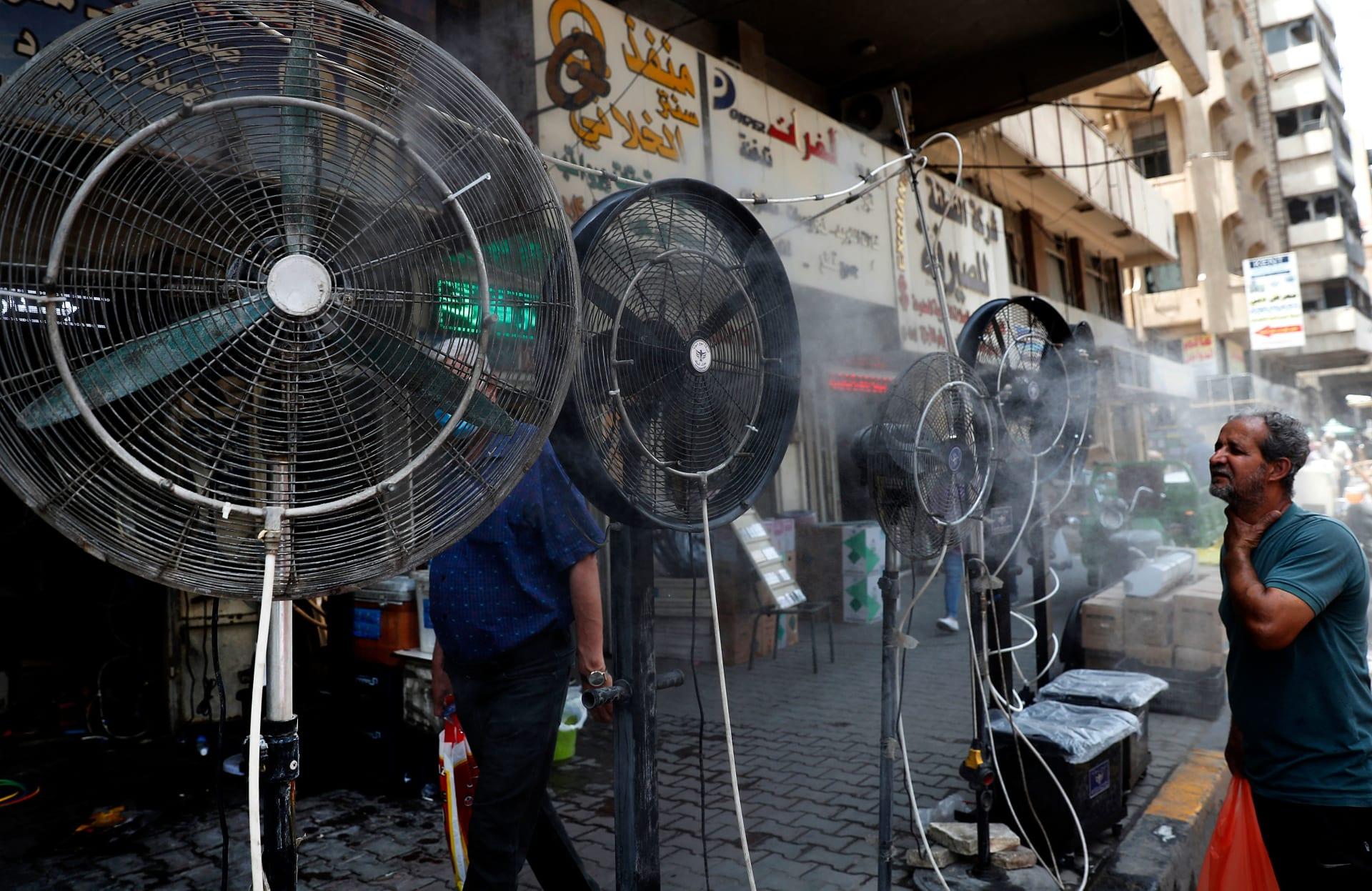 موجة حارة شديدة تضرب العراق.. وإعلان عطلة رسمية في عدة محافظات