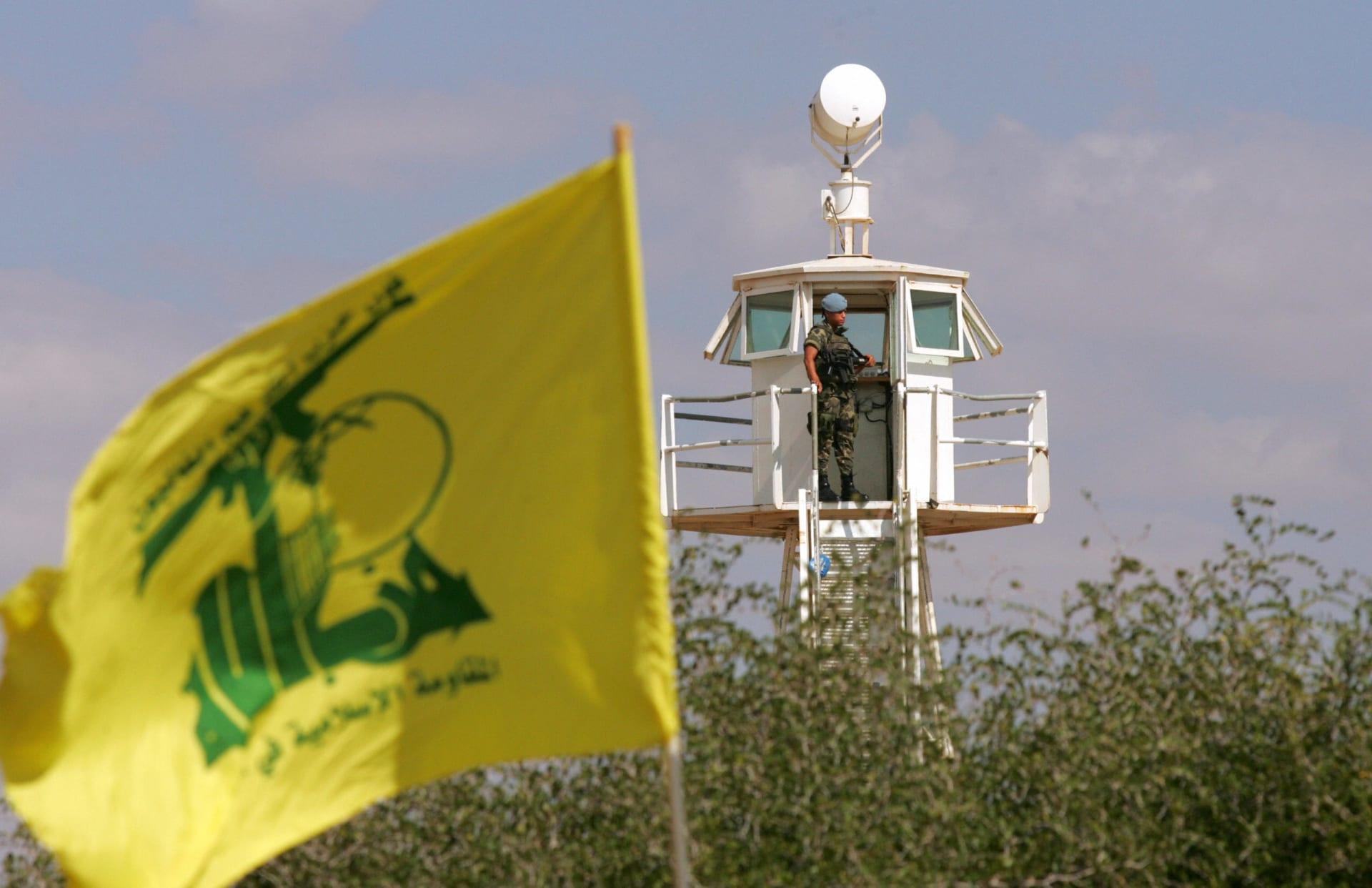 أدرعي يرد على تغريدة لفيصل القاسم حول دور حزب الله في لبنان: يلعب لمصلحة أسياده