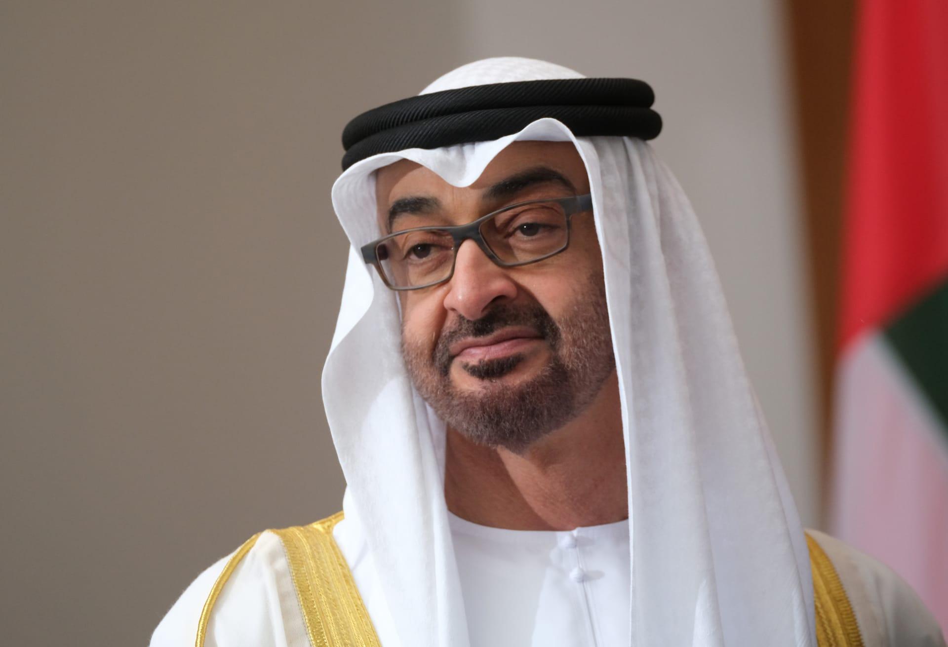 محمد بن زايد يصل إلى الرياض.. وولي العهد السعودي باستقباله
