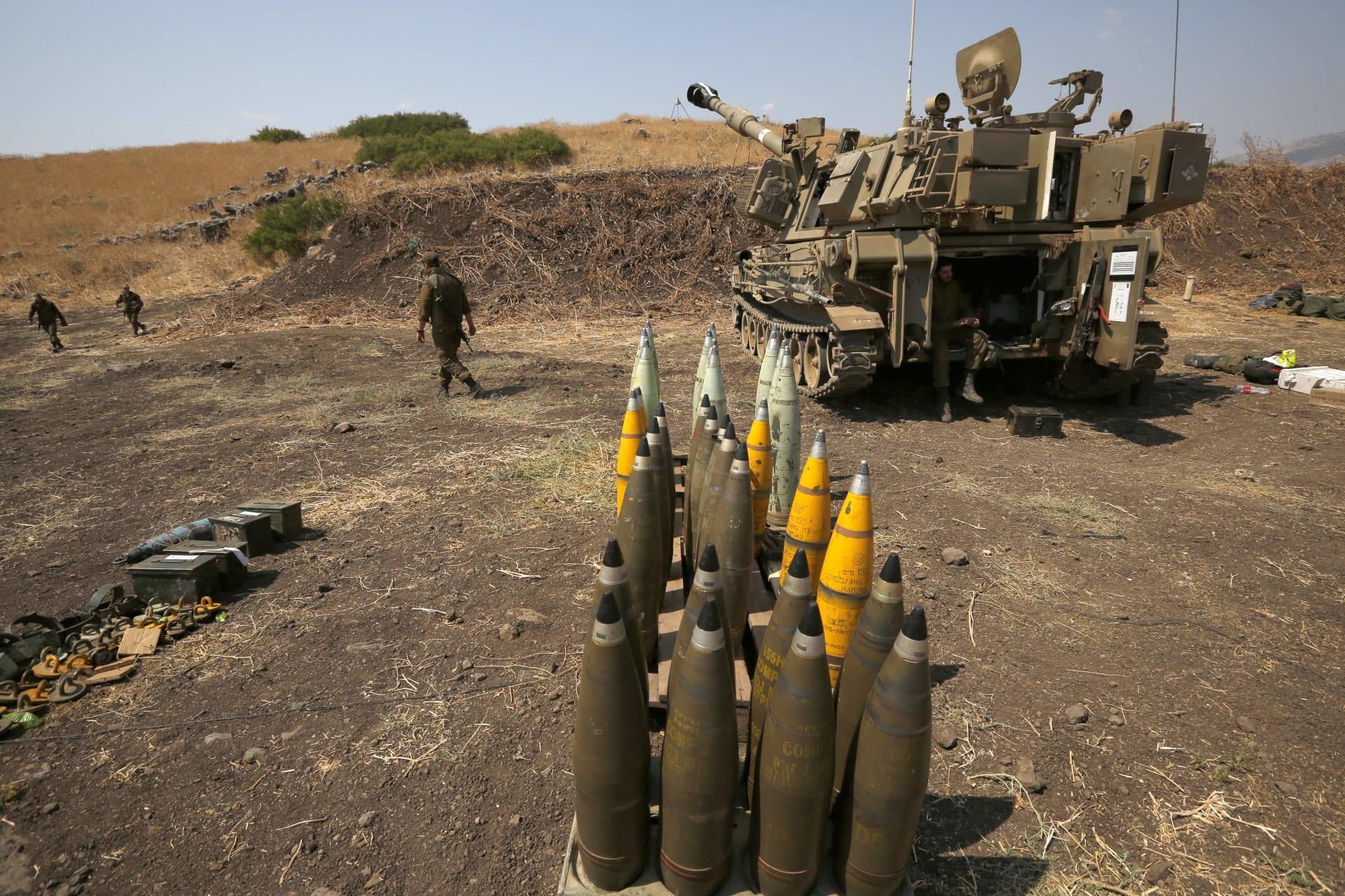 صورة أرشيفية لمدفعية إسرائيلية قرب الحدود اللبنانية