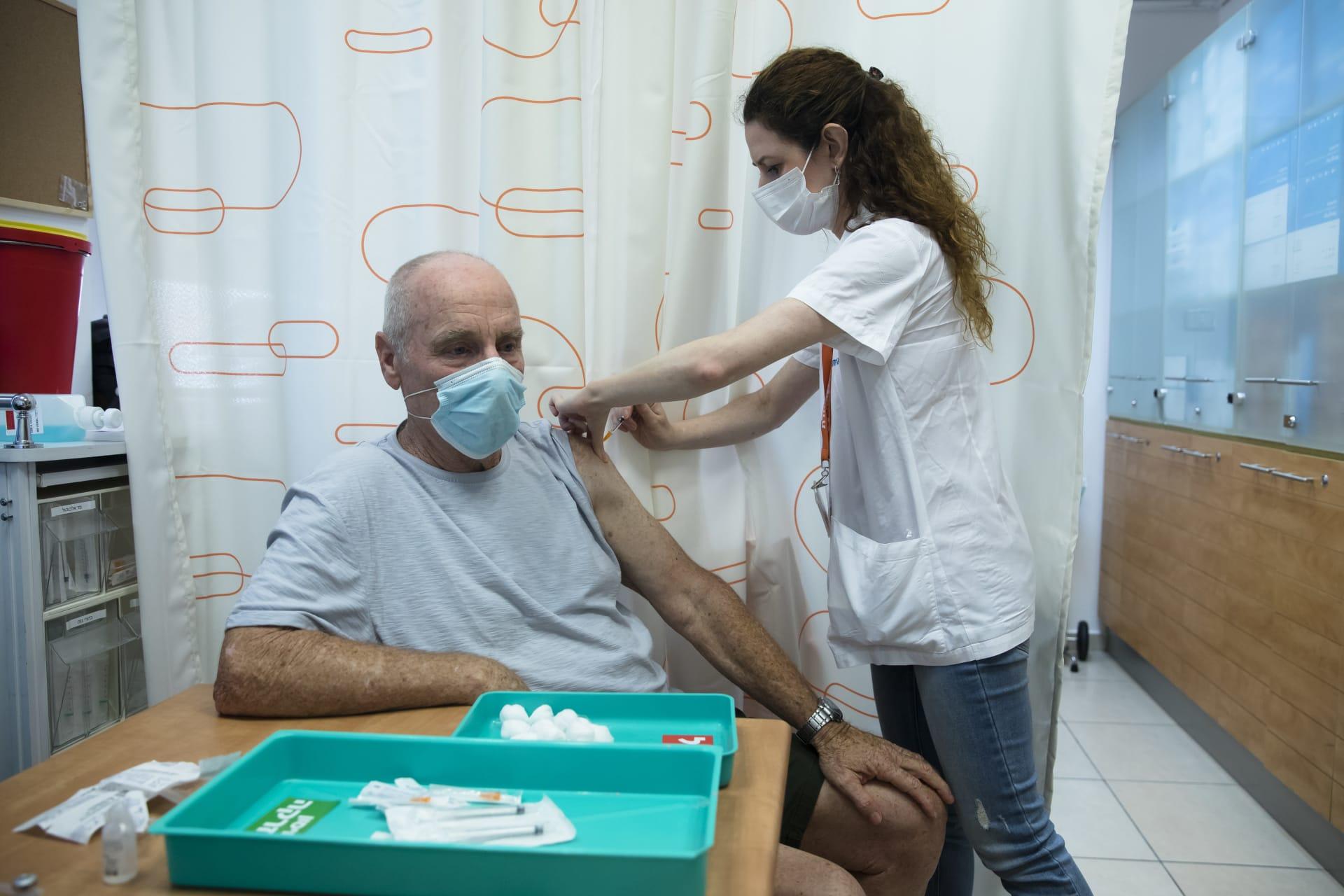 إسرائيل تشدد قيود كورونا مع ارتفاع الإصابات الجديدة وتضيف أمريكا لقائمة الدول التي تتطلب الحجر الصحي