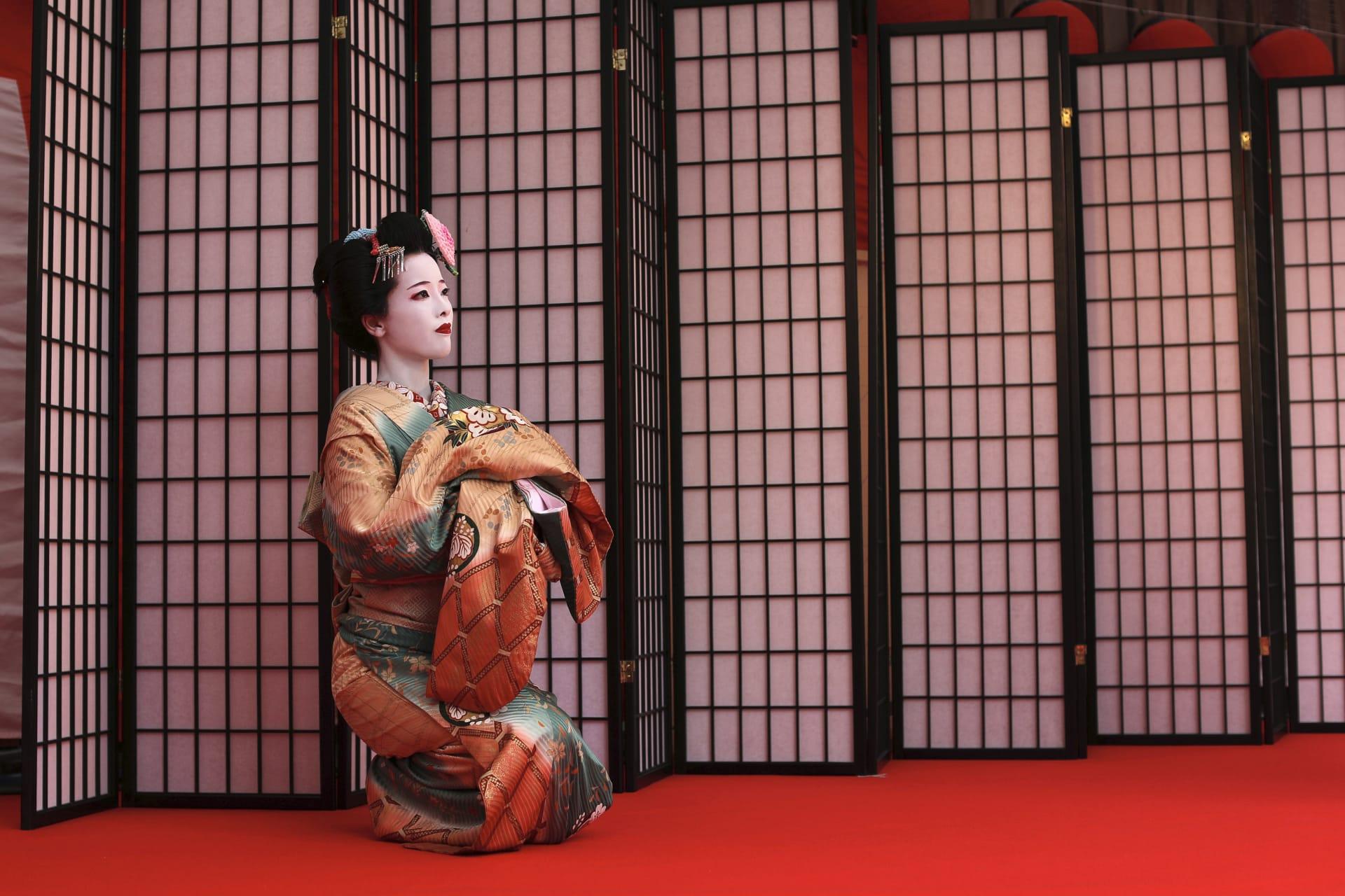 فتيات الغيشا في اليابان