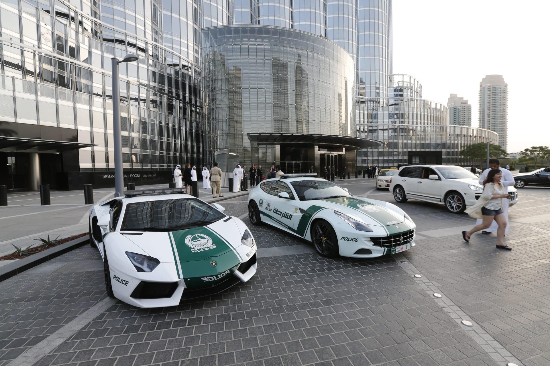 سيارات شرطة دبي