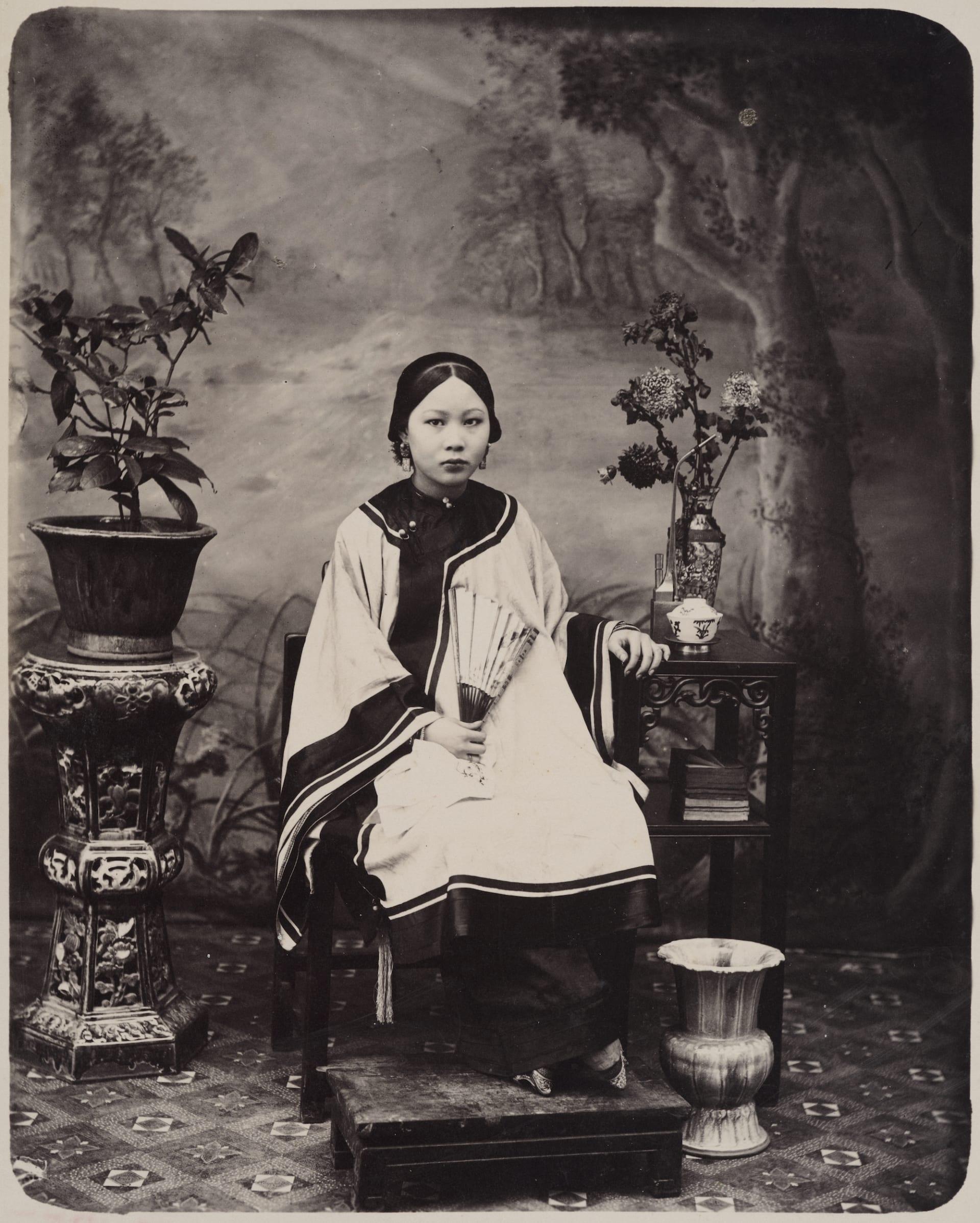 مشاهد نادرة من الشوارع والريف.. توثق هذه الصور من القرن الـ19 فجر التصوير الفوتوغرافي بالصين