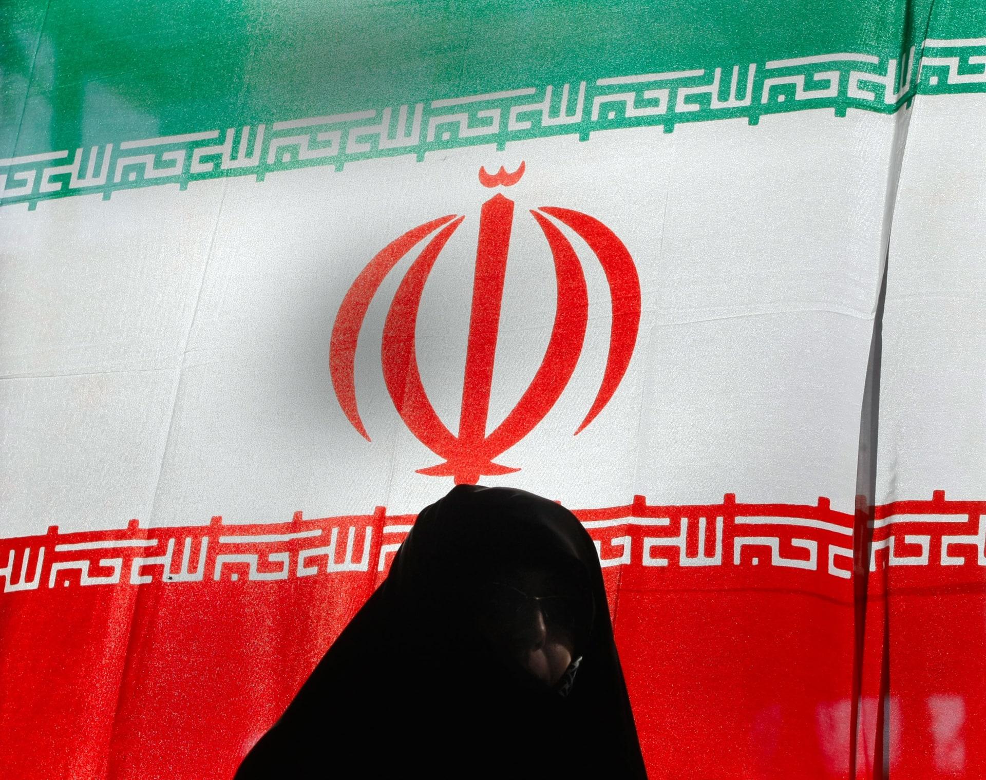 إيران تكشف عن سير المفاوضات مع السعودية وتدافع عن حقها بإرسال وقود إلى لبنان
