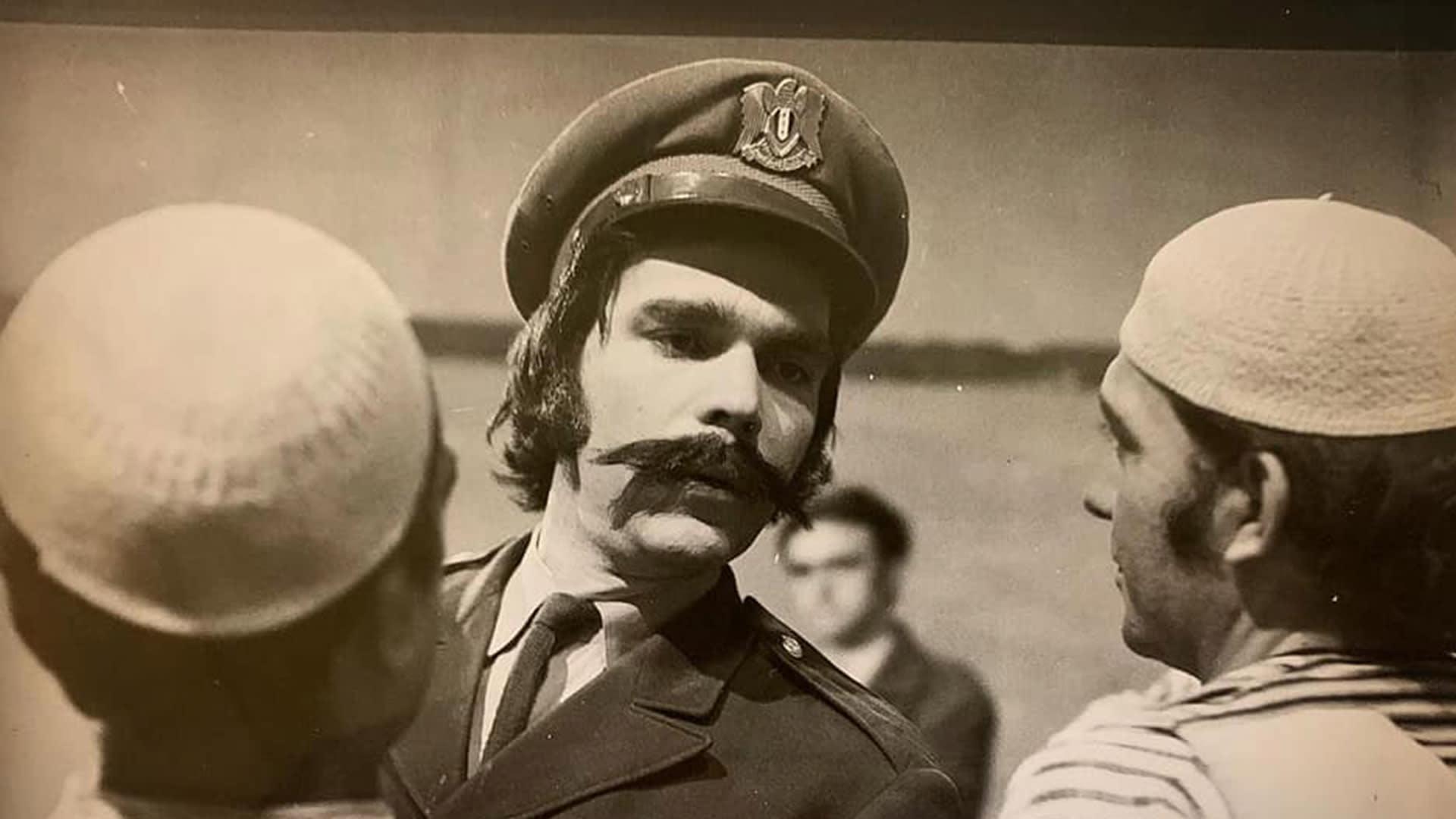 """صور نادرة لـ """"الأسطورة"""" ياسر العظمة تحظى بتفاعل كبير من جمهوره"""