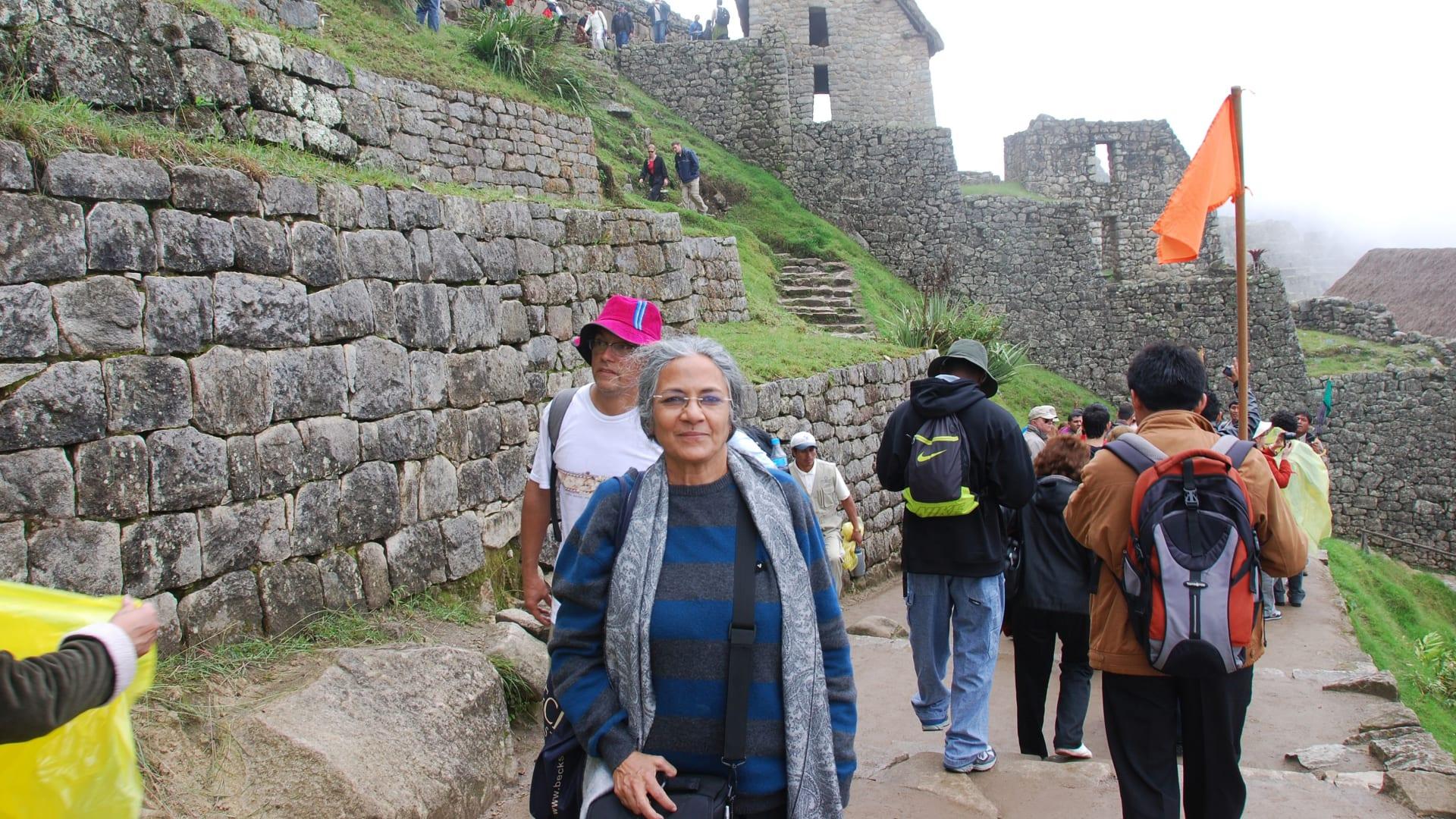سافرت هذه الهندية البالغة من العمر 70 عاما إلى 66 دولة في آخر 25 عاما