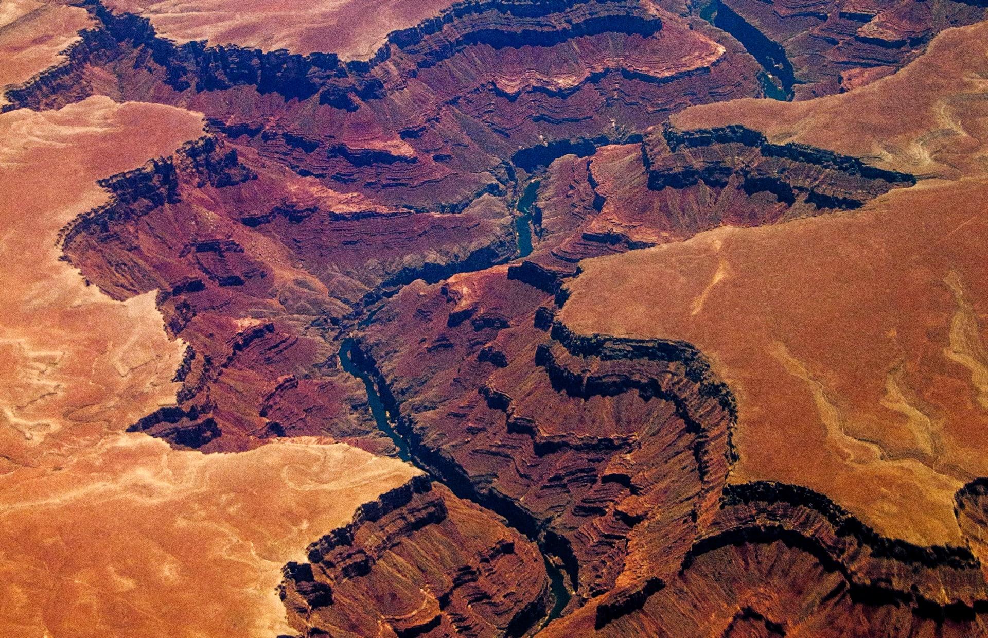 """لغز حير الجيولوجيين لـ150 عام.. قد تكشف دراسة جديدة عن السر وراء صخور """"غراند كانيون"""" المفقودة"""