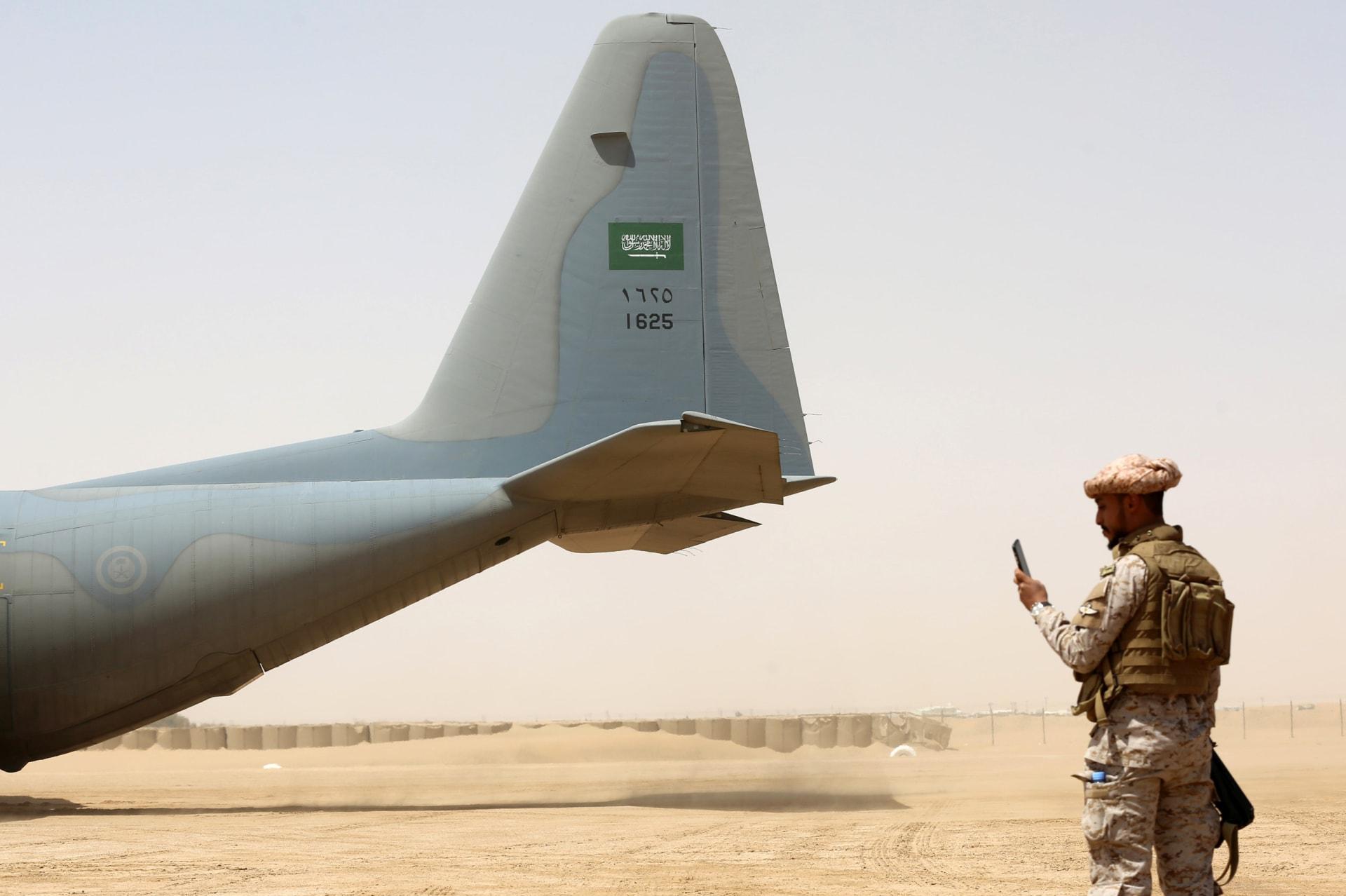 السعودية.. الحرس الوطني ينشر قصة مستوحاة من أحداث حقيقية في اليمن وأمير يطالب بأفلام ومسلسلات