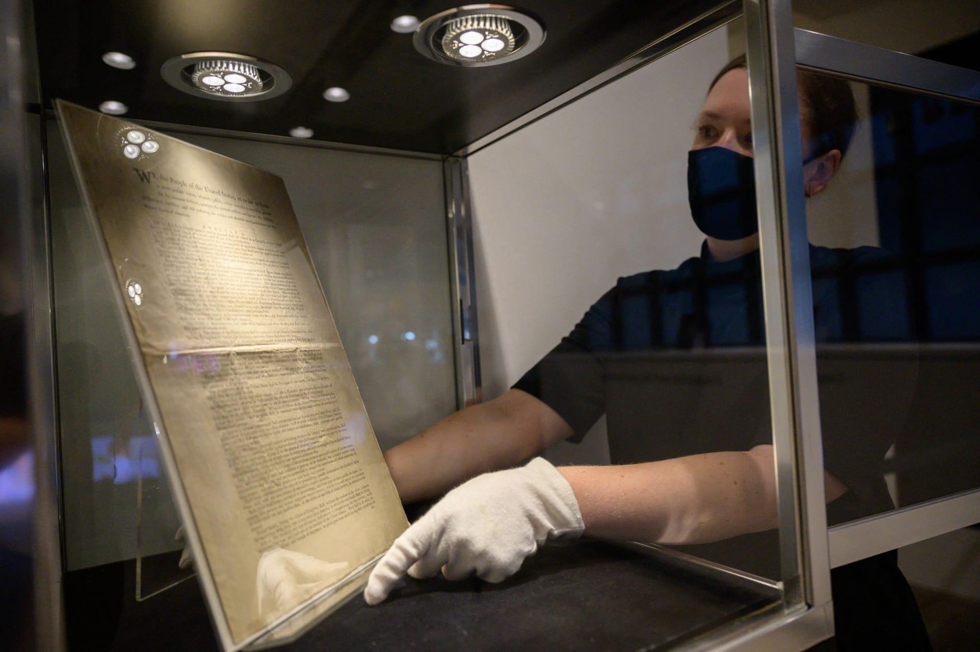 نسخة نادرة من الطبعة الأولى للدستور الأمريكي قد تُباع بـ20 مليون دولار