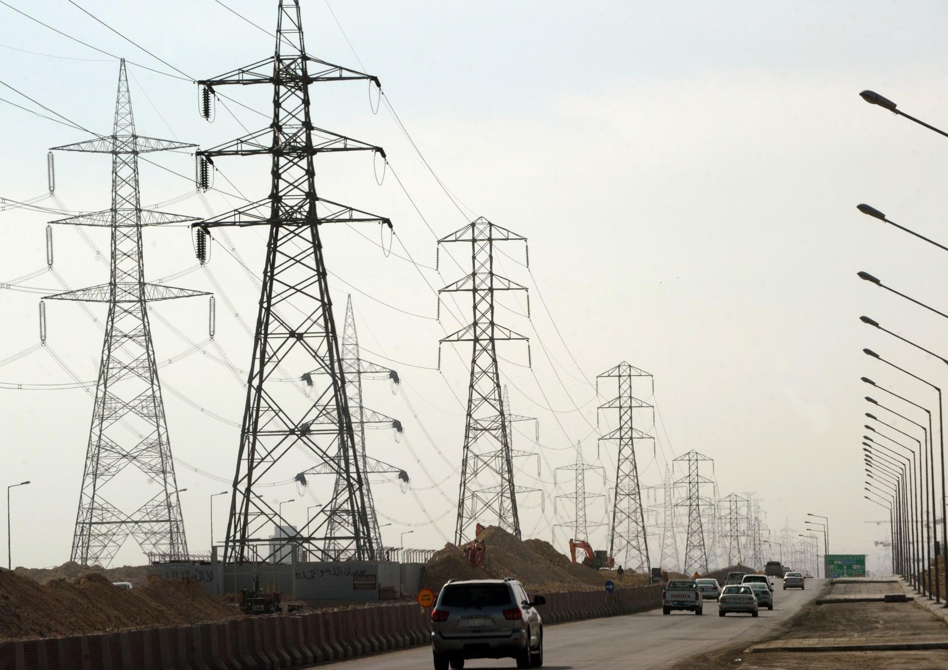 أبراج كهربائية في الرياض