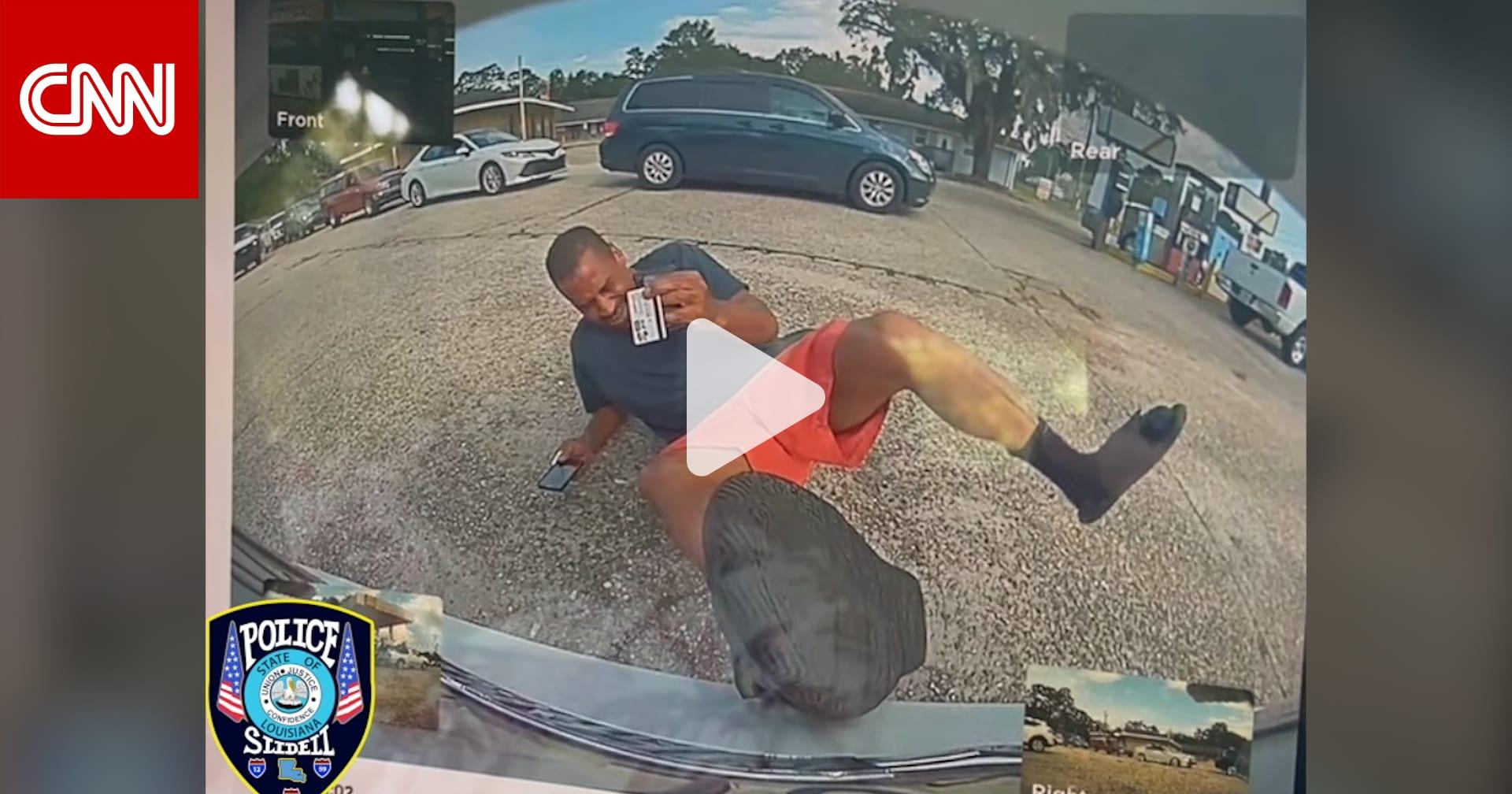 انقلبت خطته ضده.. كاميرا سيارة تسلا توثّق تظاهر رجل بتعرضه لحادث اصطدام