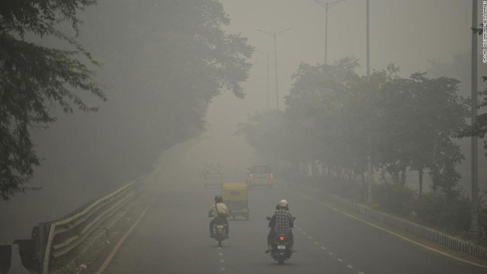 شركة في الهند تحول الهواء الملوث إلى بلاط بناء أنيق..كيف؟