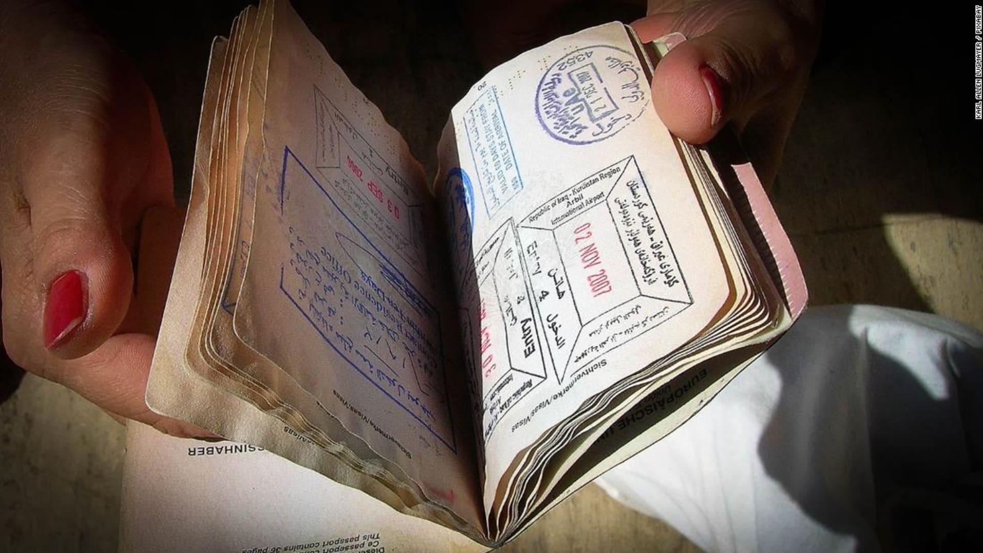قائمة أقوى جوازات السفر لـ2021 وتطور بارز يحققه جواز السفر الإماراتي