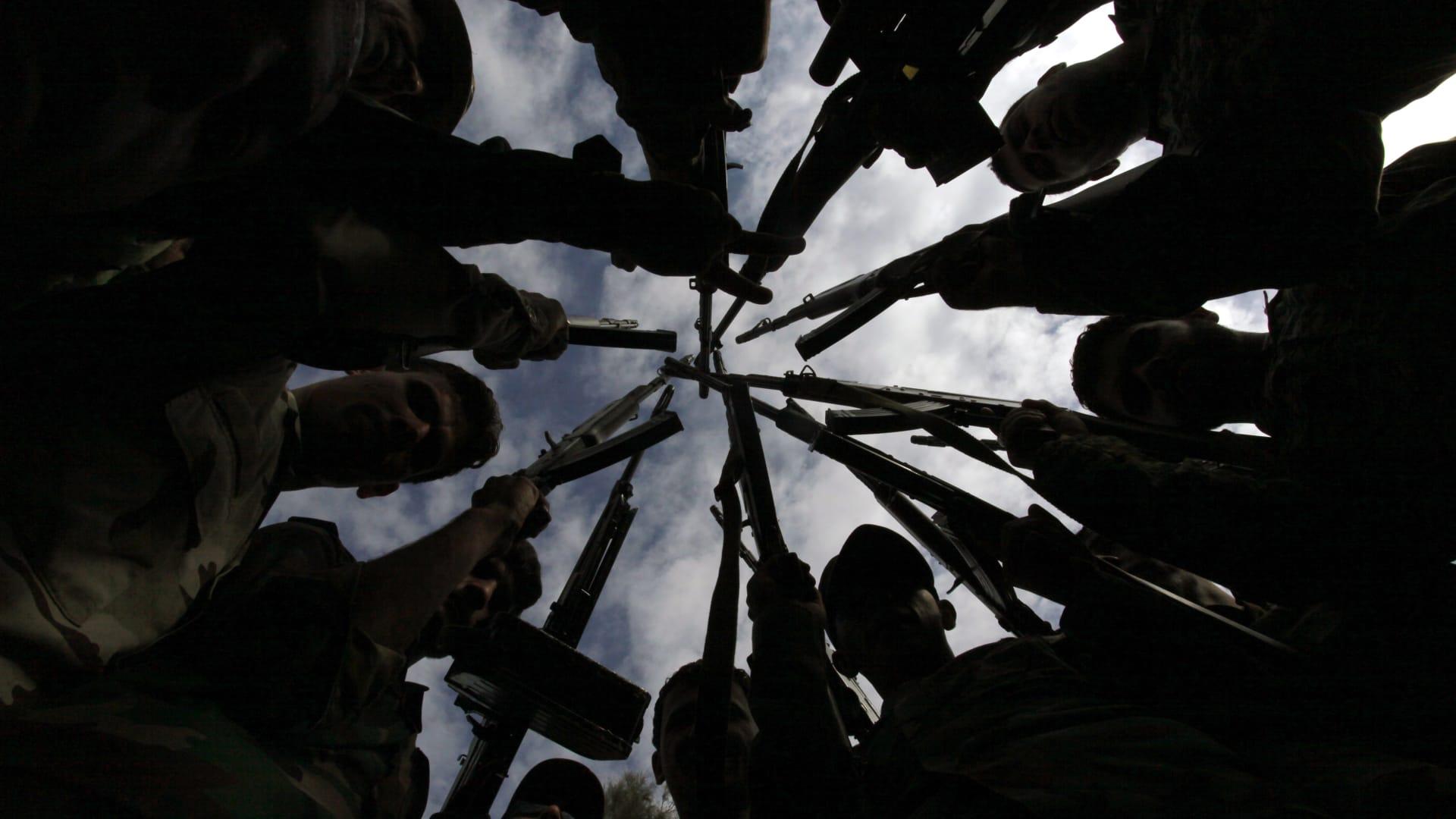 معارك عنيفة يخوضها الجيش العراقي حول برطلة قرب الموصل