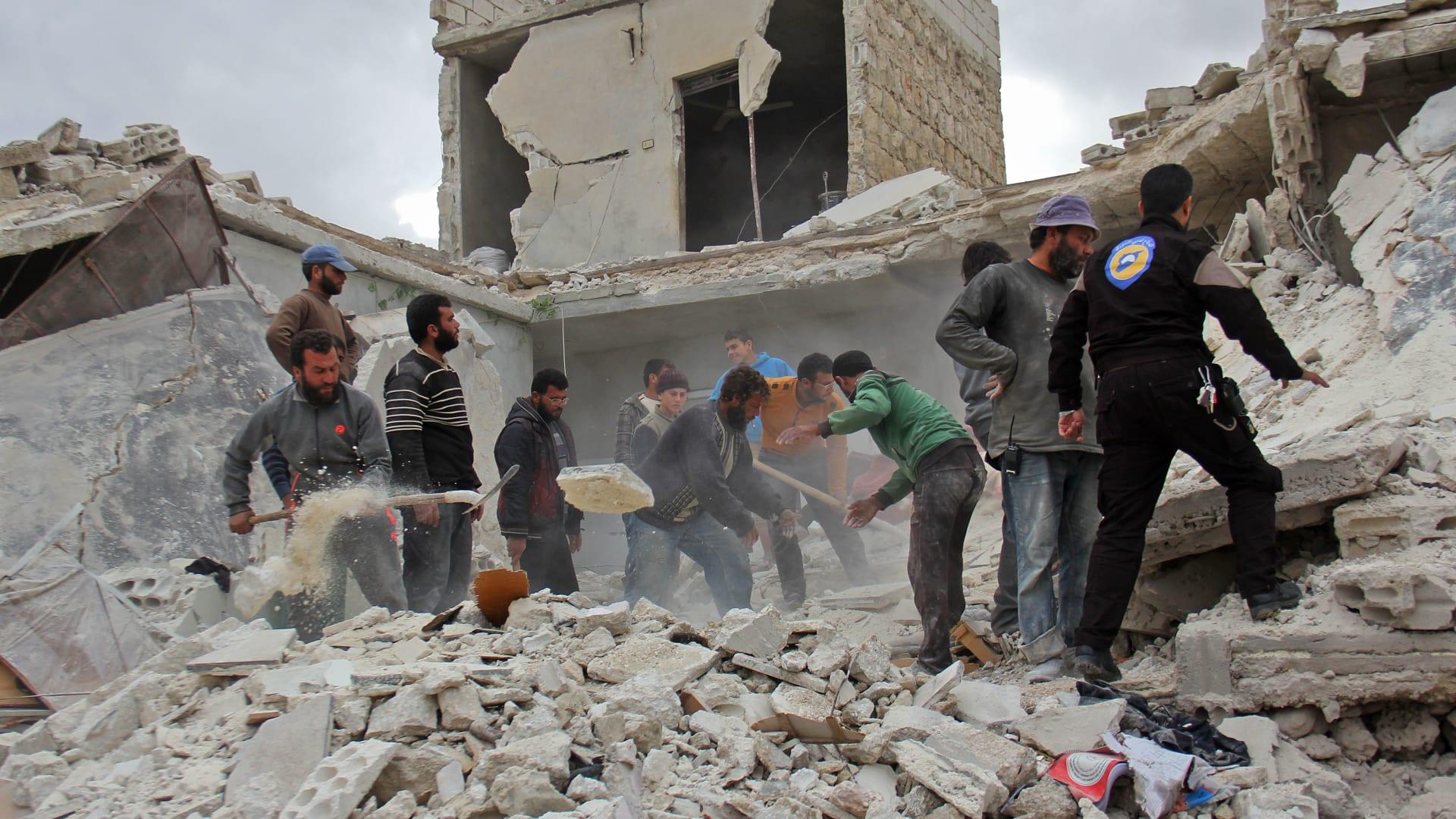طائرة بدون طيار تظهر دمار حي الشعار في حلب السورية