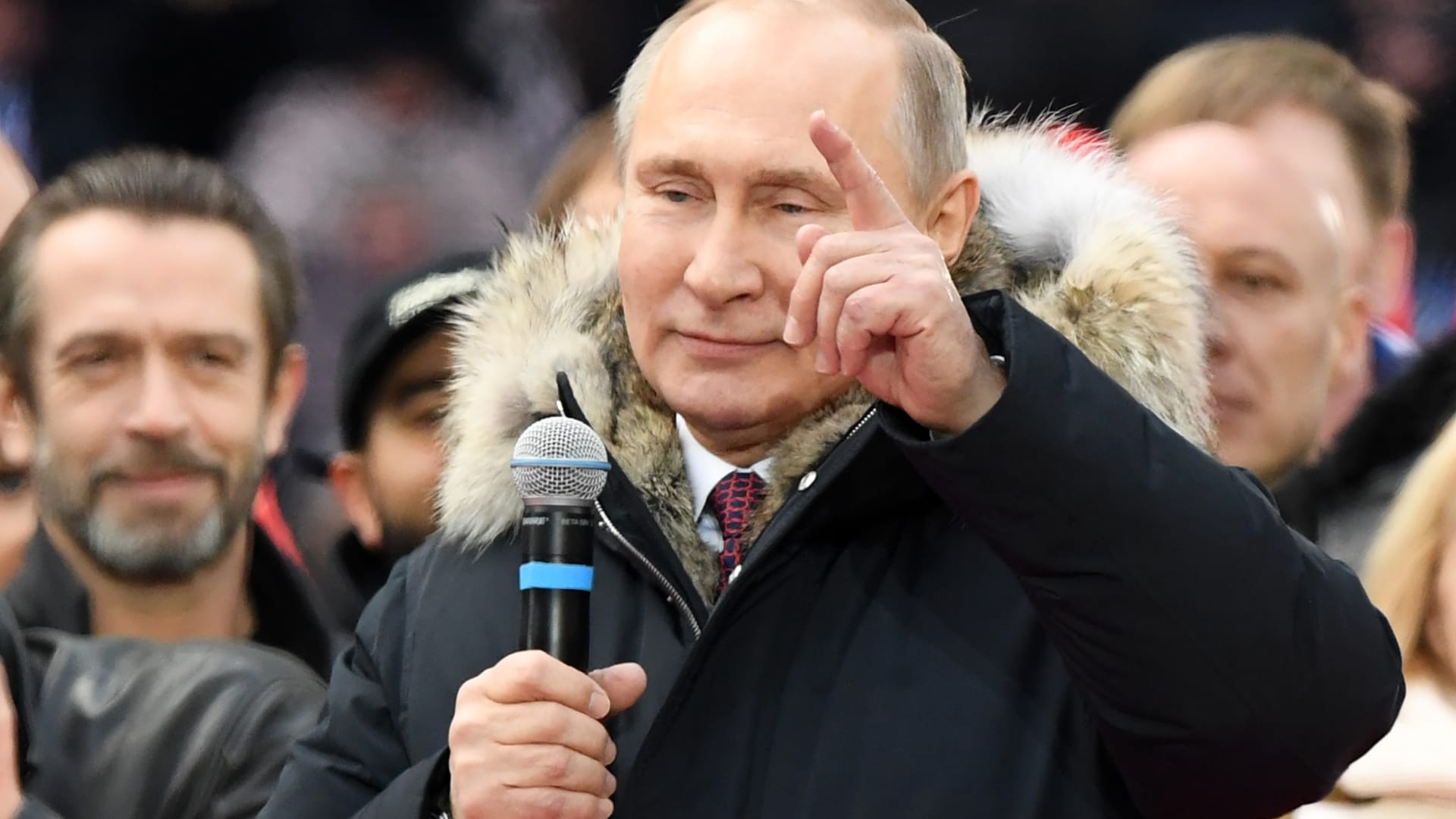 """شاهد.. بوتين يكشف عن صاروخ جديد """"لا يقهر"""""""