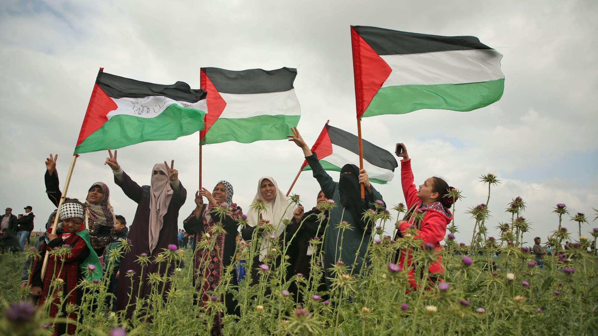"""8 قتلى وأكثر من ألف مصاب بين الفلسطينيين في جمعة """"الكوشوك"""""""
