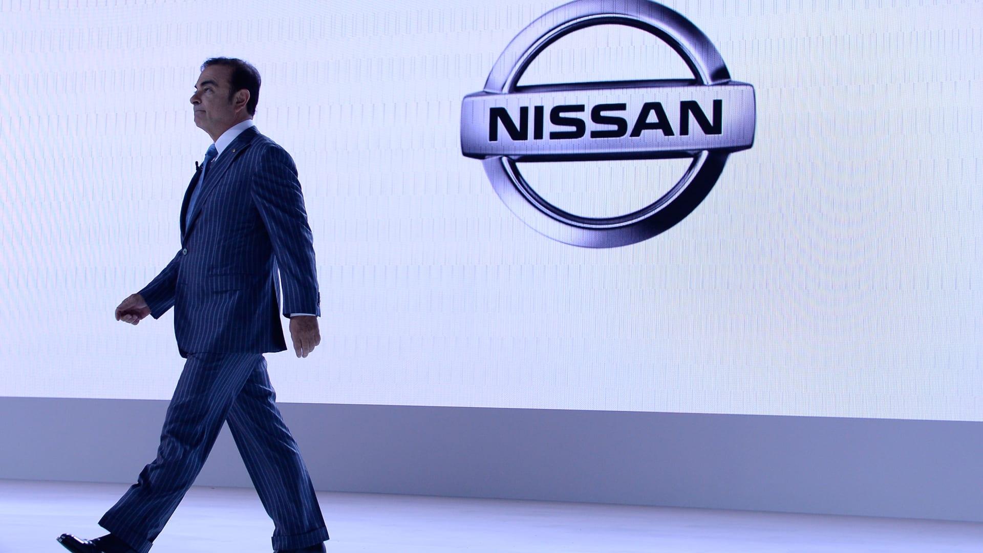 """كيف سيؤثر اعتقال رئيس """"نيسان"""" كارلوس غصن على قطاع السيارات؟"""