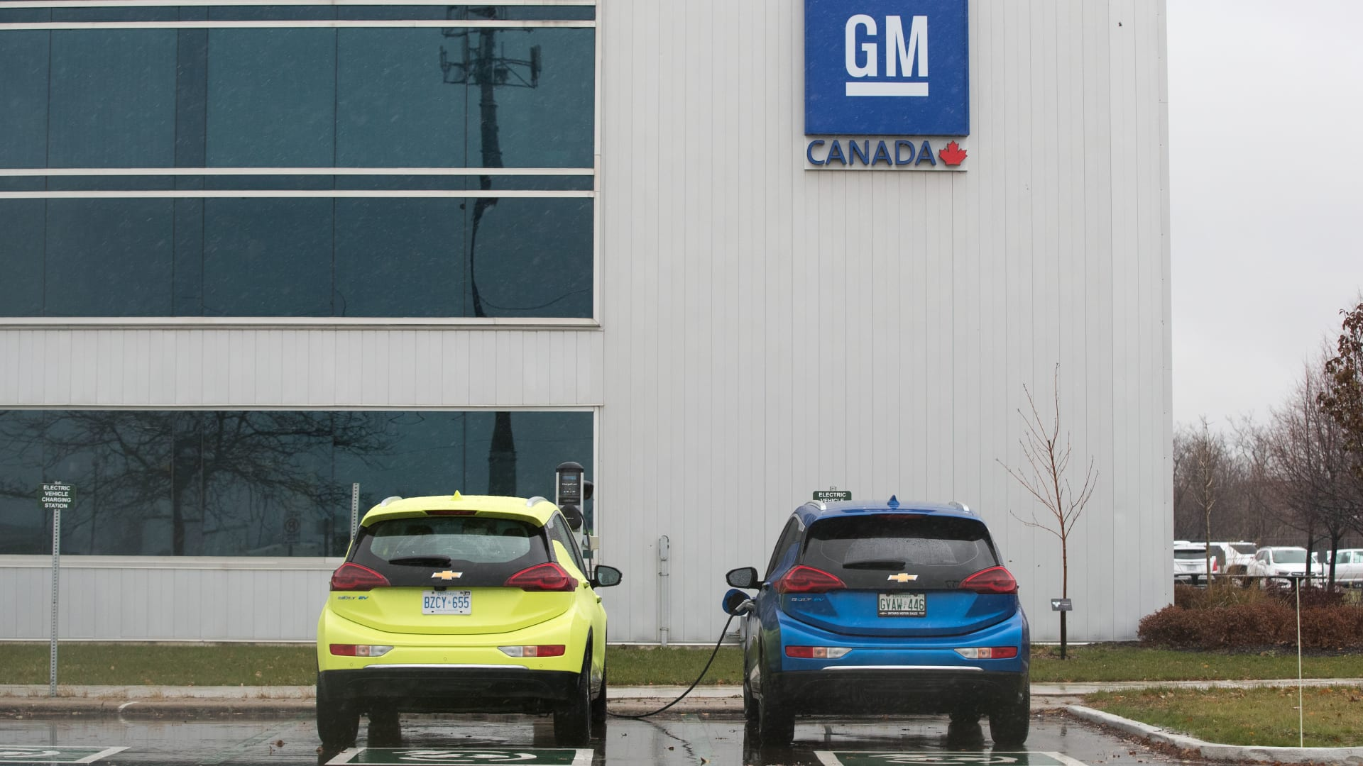 جنرال موتورز ستتوقف عن تصنيع هذه السيارات.. هل تملك إحداها؟