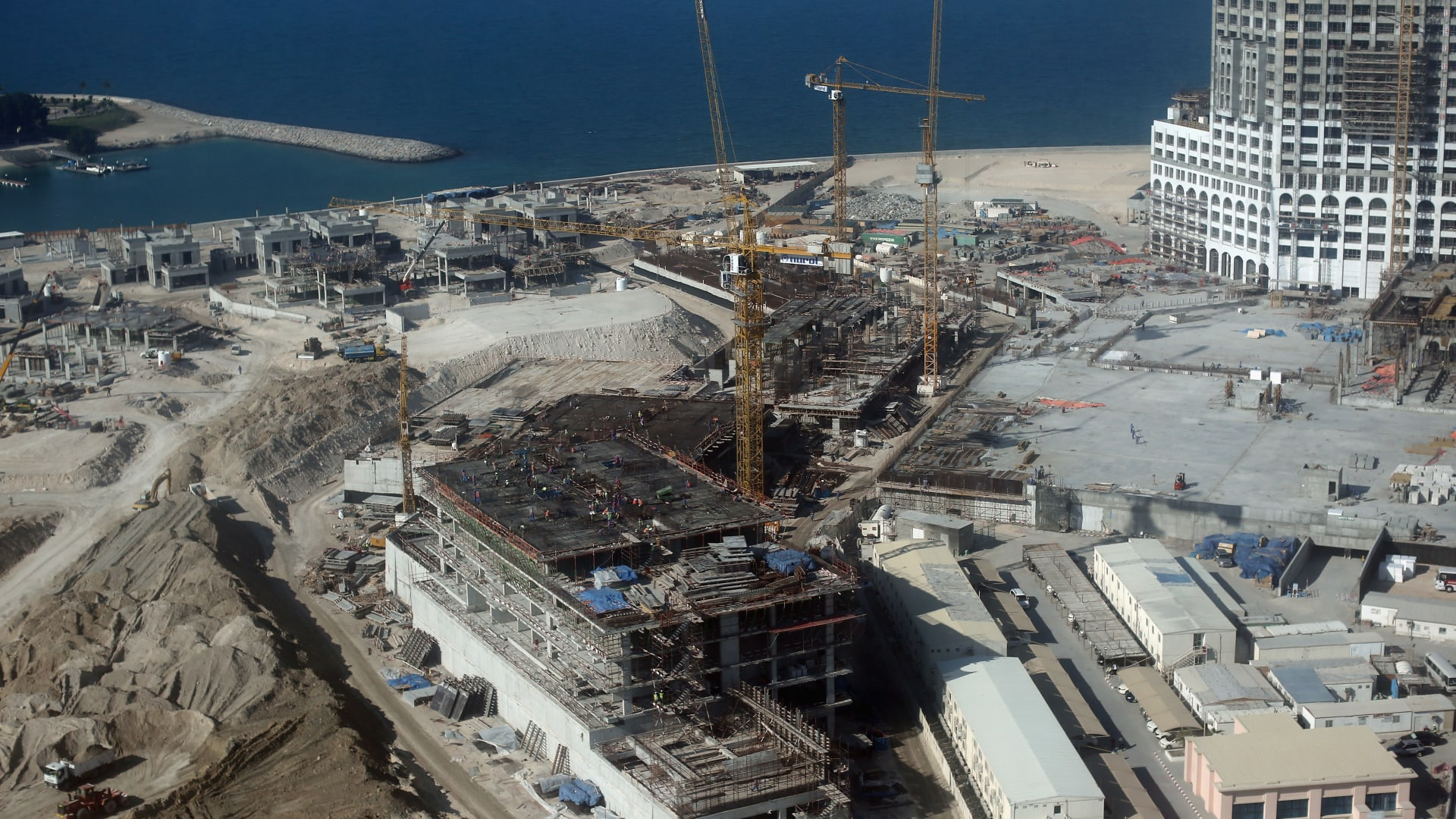 الإمارات تعزز جاذبيتها الاستثمارية بقانون جديد