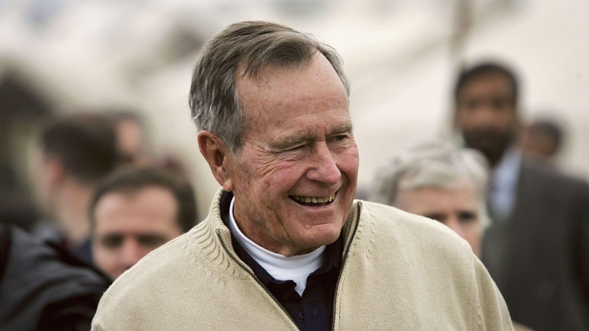 بعد وفاتها بعمر 92 عاماً.. إليك نبذة عن تاريخ باربرا بوش