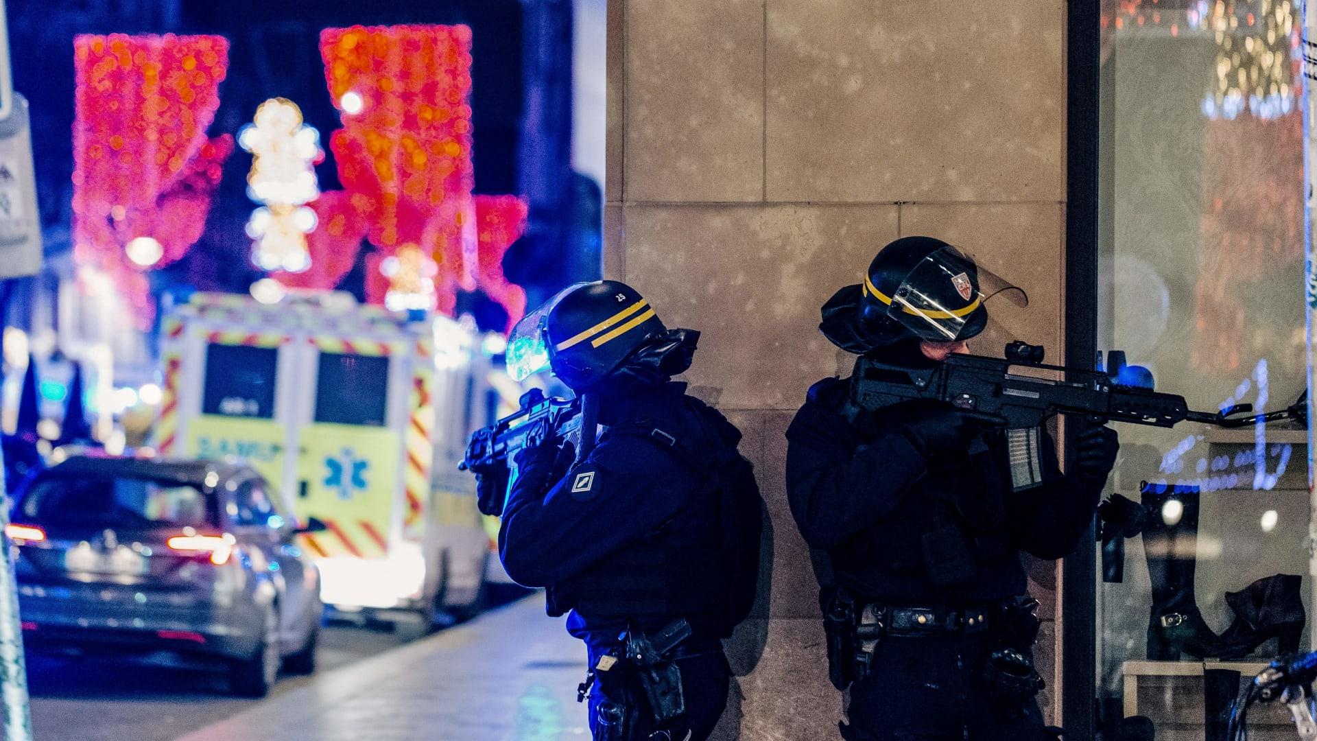 استنفار رجال الشرطة الفرنسية في شوارع ستراسبورغ