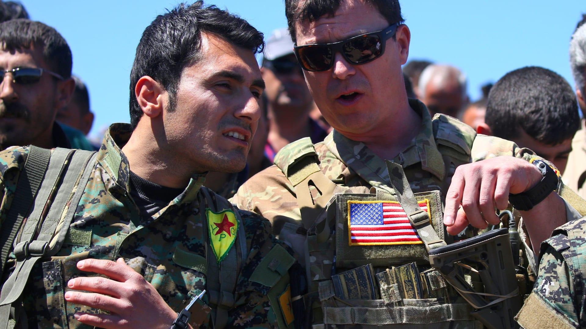 من هم الرابحون والخاسرون جراء انسحاب أمريكا من سوريا؟