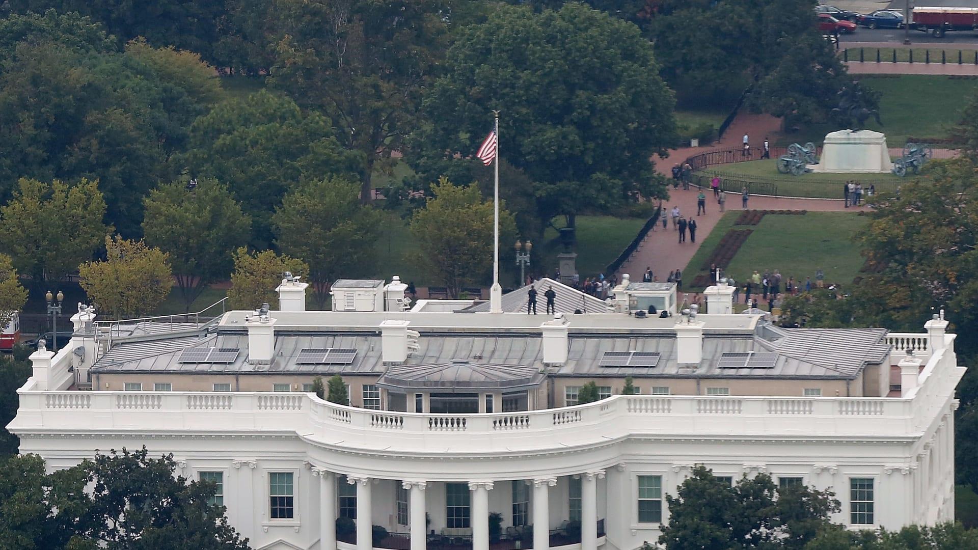 شاهد.. من أين جاء حجر بناء البيت الأبيض؟