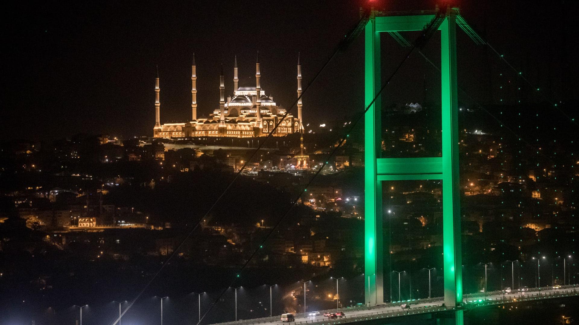 هل أردوغان قادر على تحقيق وعوده للأتراك؟