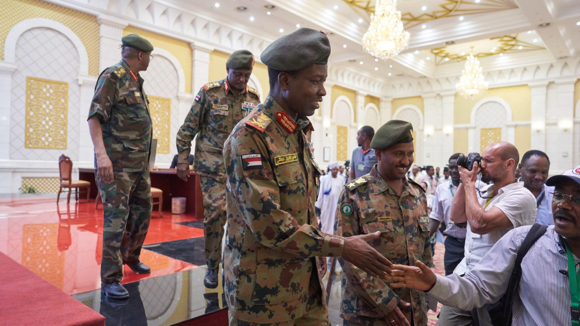 بكم يسهم الدعم السعودي الإماراتي في رفع قيمة الجنيه السوداني