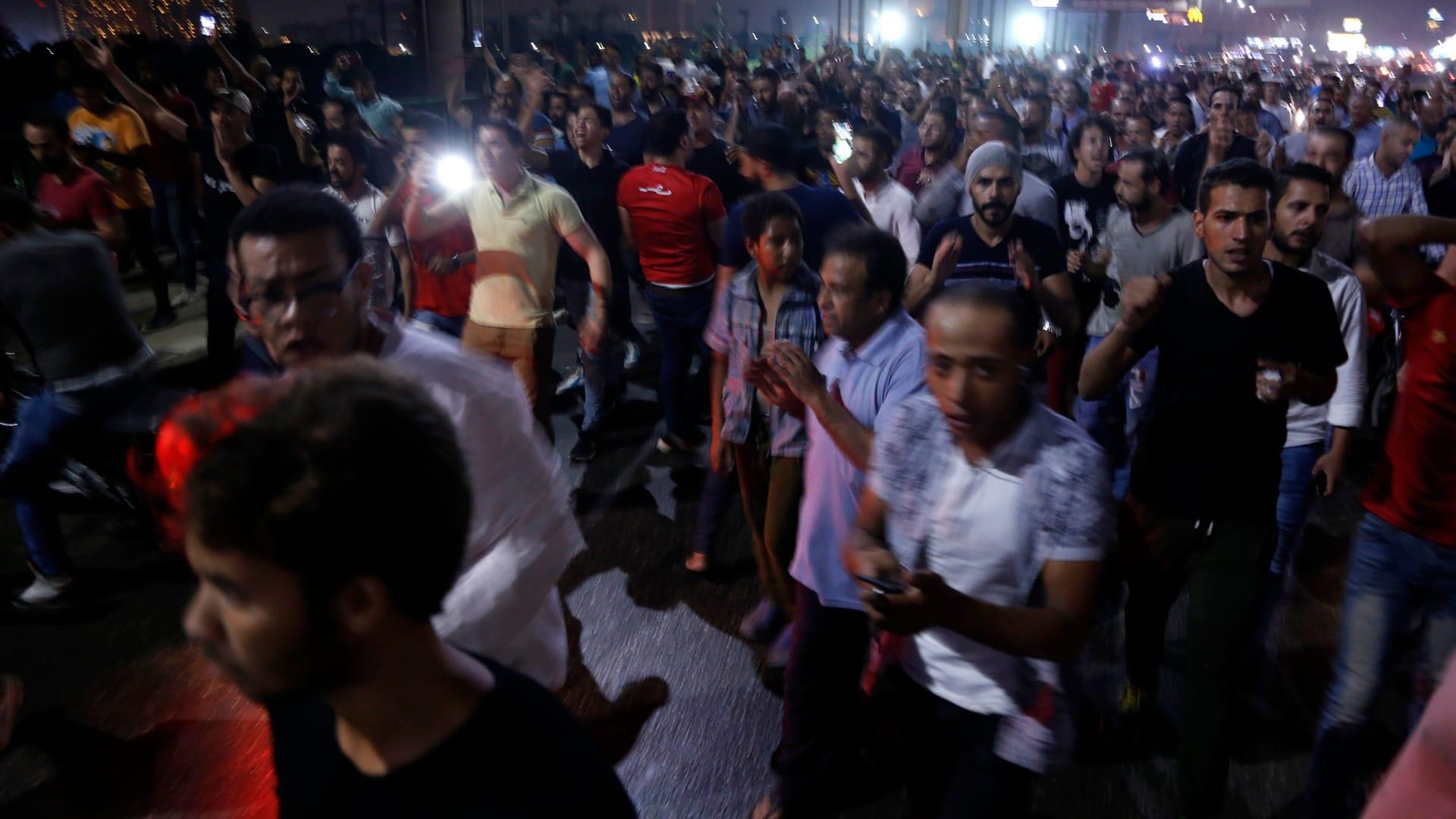 شاهد.. مظاهرات قرب ميدان التحرير تطالب السيسي بالتنحي