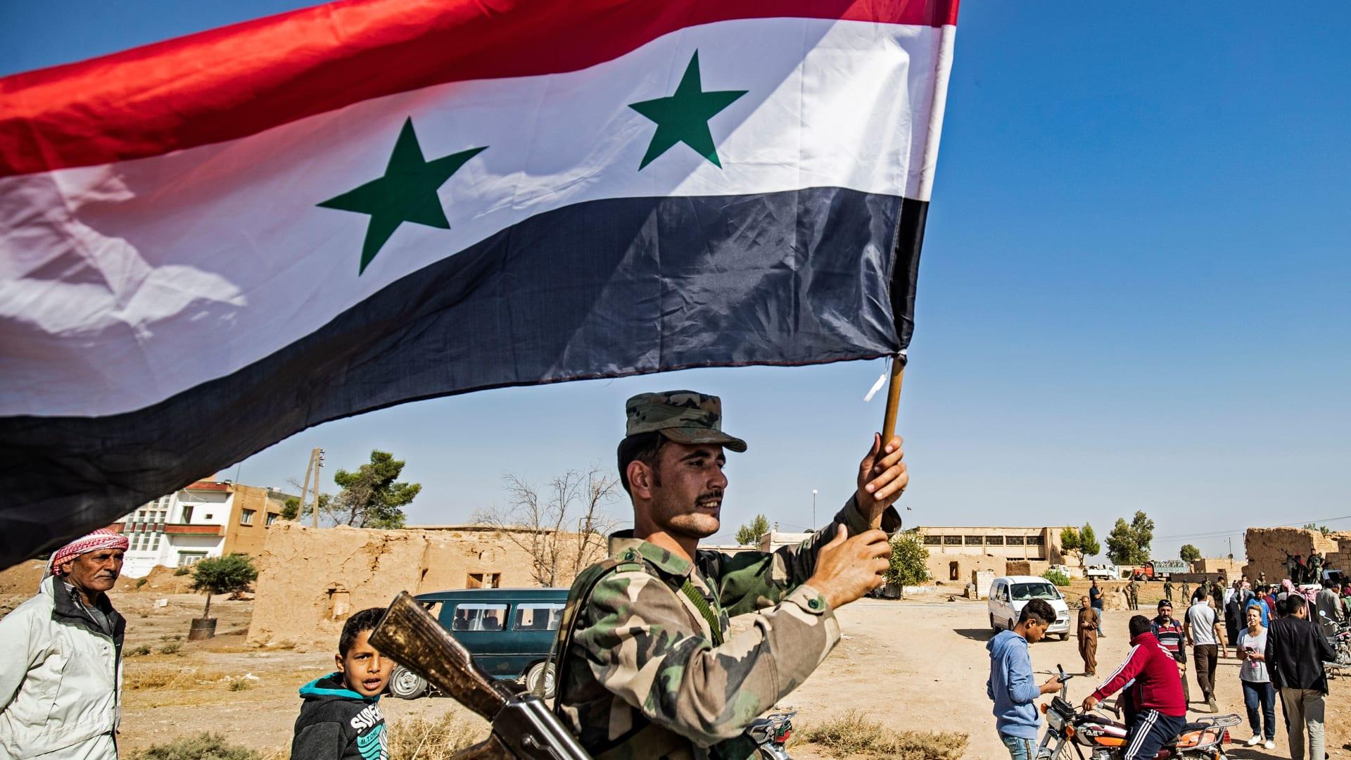 سانا: احتفالات بعد قرار الجيش السوري بمواجهة العدوان التركي