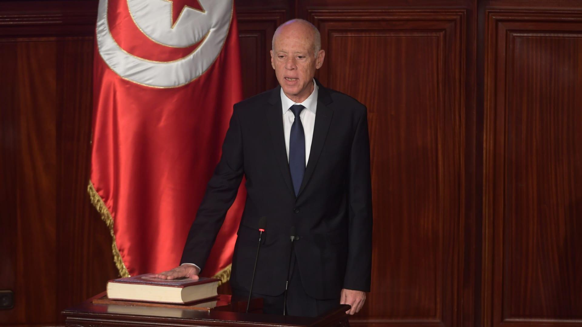 """""""انتخابات تونس"""" تجلب أملا جديدا في الديمقراطية بالشرق الأوسط"""