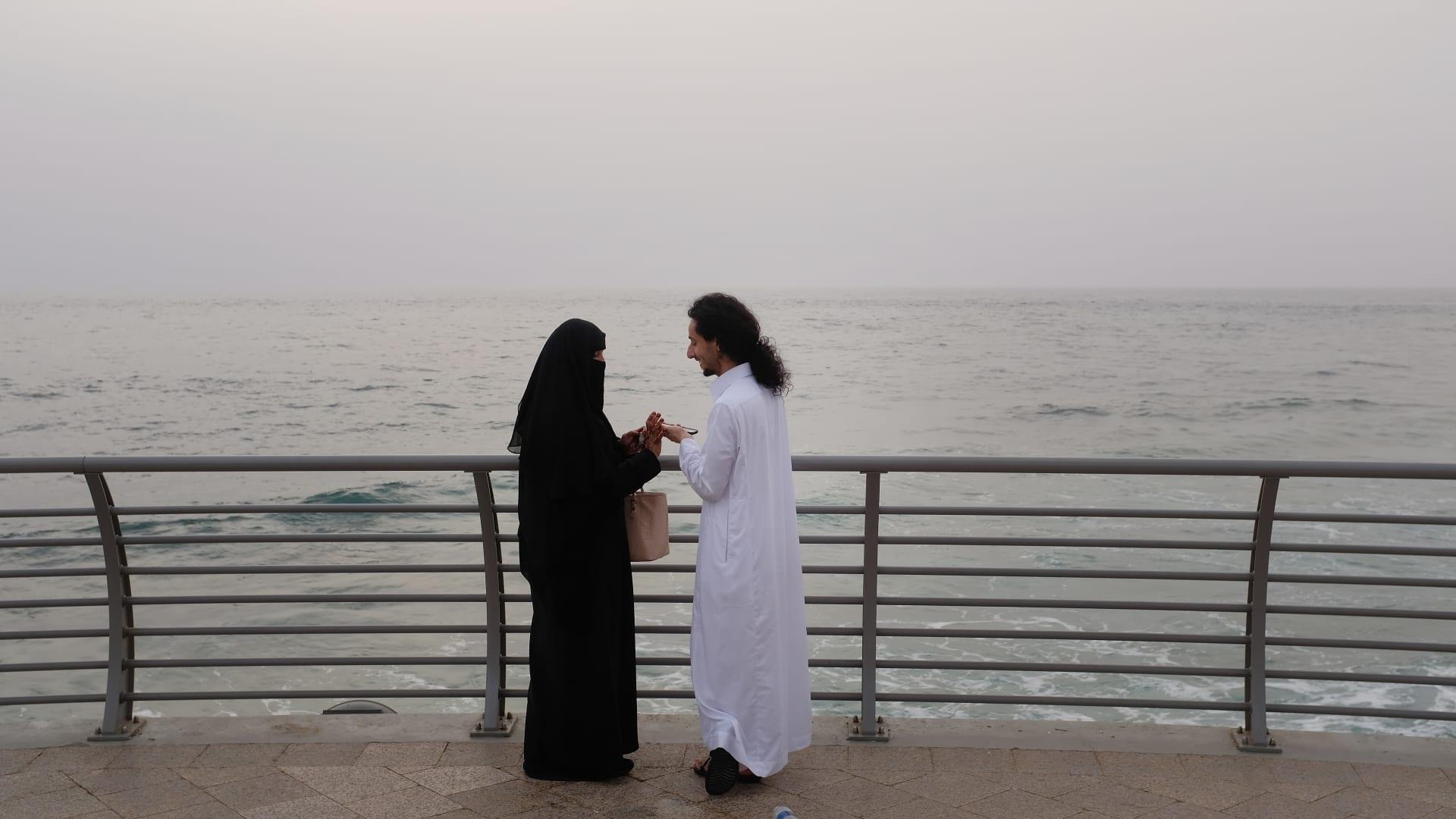 """سعاد عبد الخبير.. مسلمة أمريكية تجسّد """"روعة الإسلام"""""""