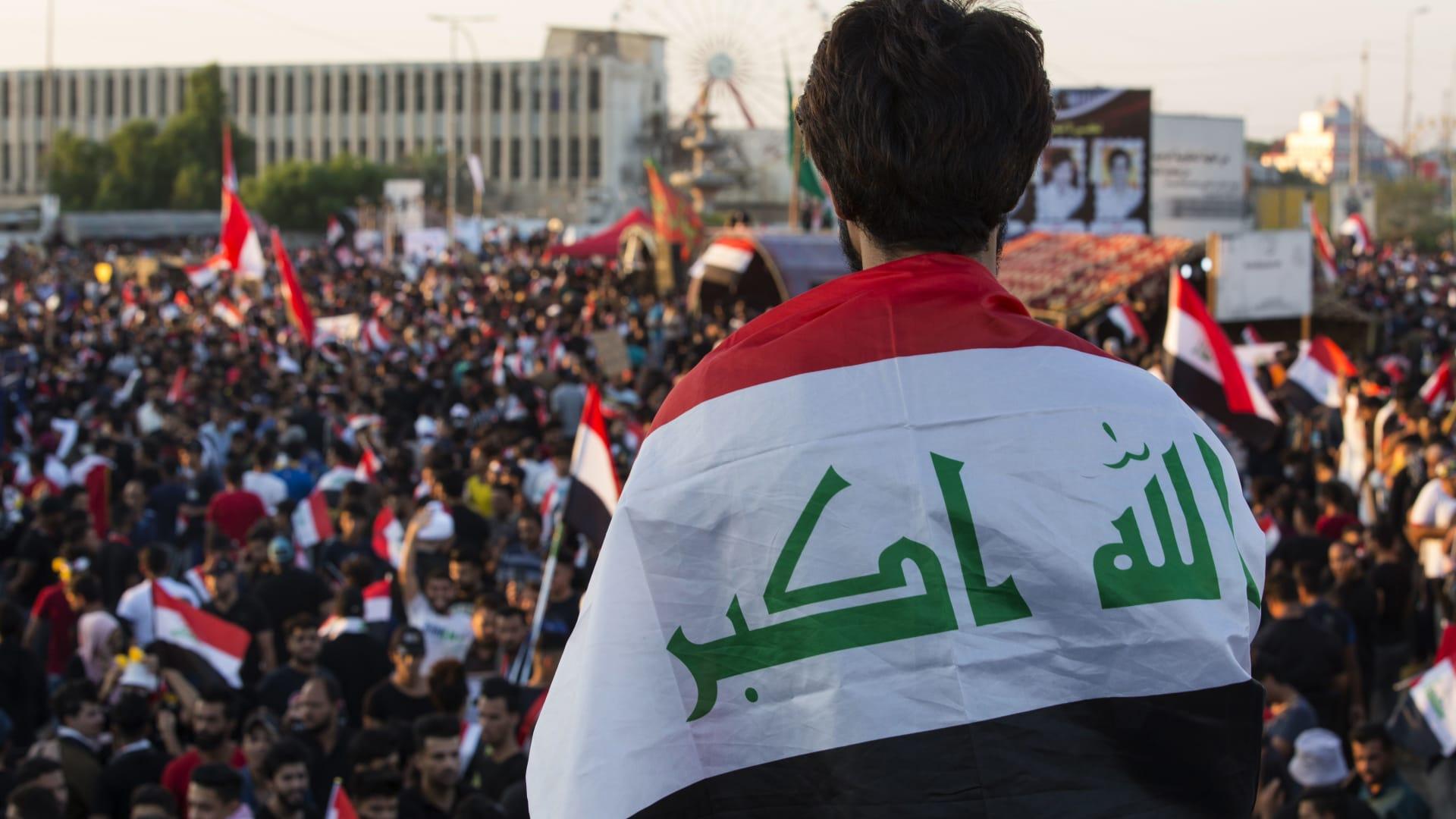 العراق يكشف عن تمثالين آشوريين لاستعادة التراث الثقافي